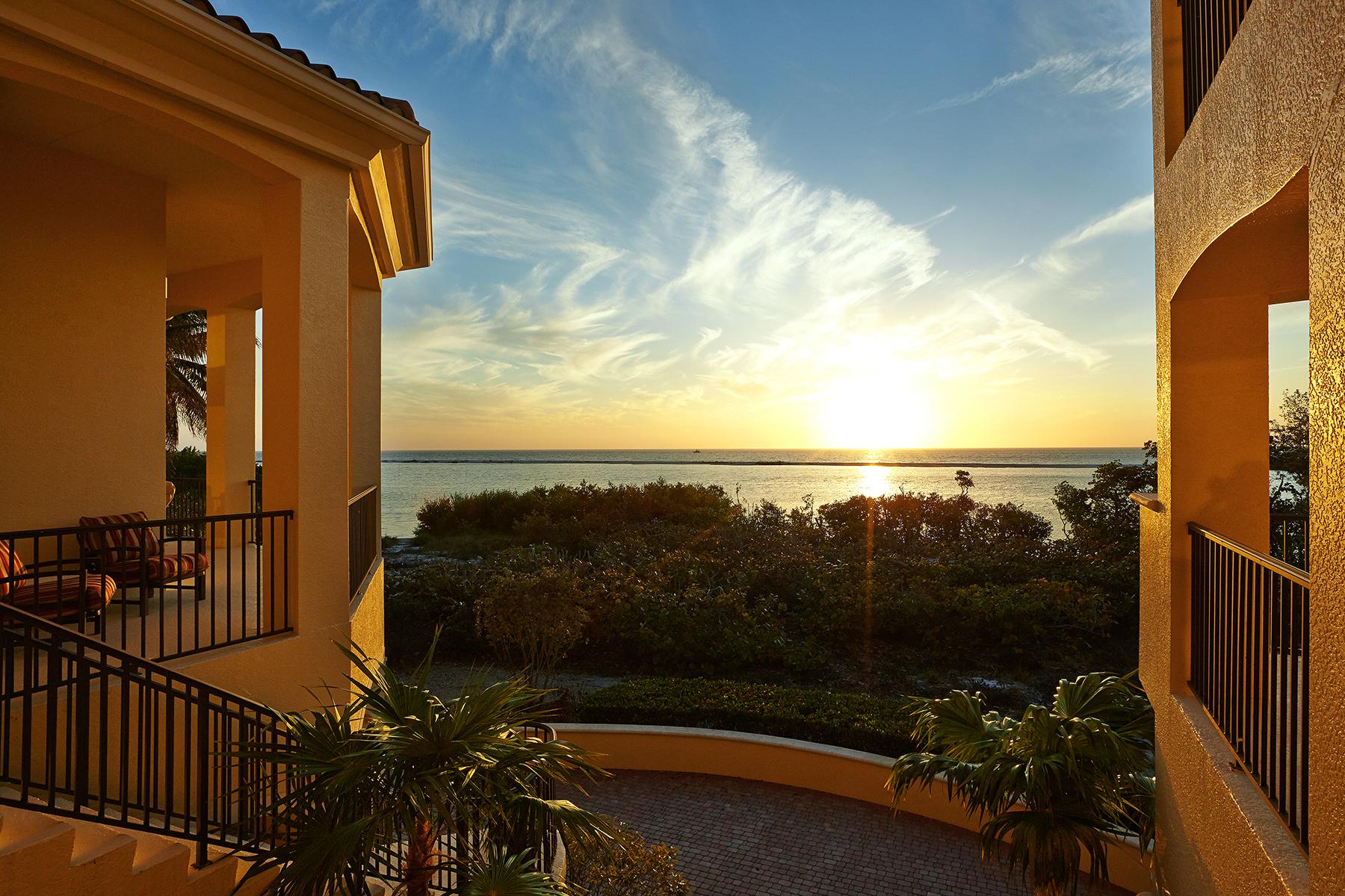 단독 가정 주택 용 매매 에 MARCO ISLAND - HIDEAWAY BEACH 866 Sea Dune Ln Marco Island, 플로리다, 34145 미국