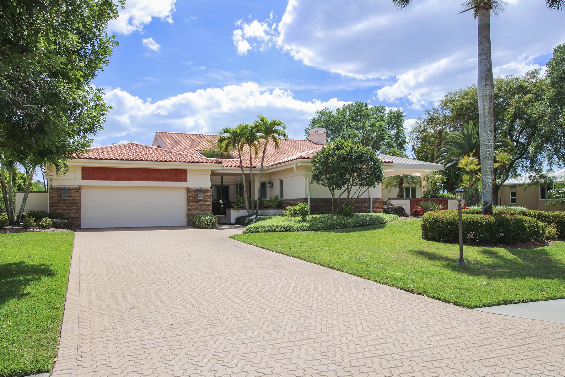 단독 가정 주택 용 매매 에 THE FOREST - OAKS 16031 Forest Oaks Dr Fort Myers, 플로리다, 33908 미국