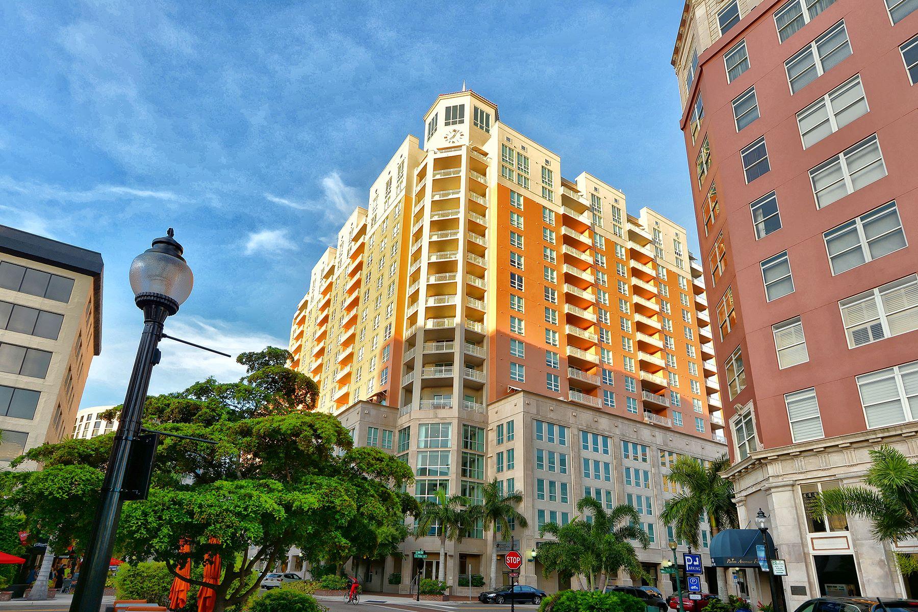 Appartement en copropriété pour l Vente à DOWNTOWN SARASOTA 1350 Main St 1606 Sarasota, Florida, 34236 États-Unis
