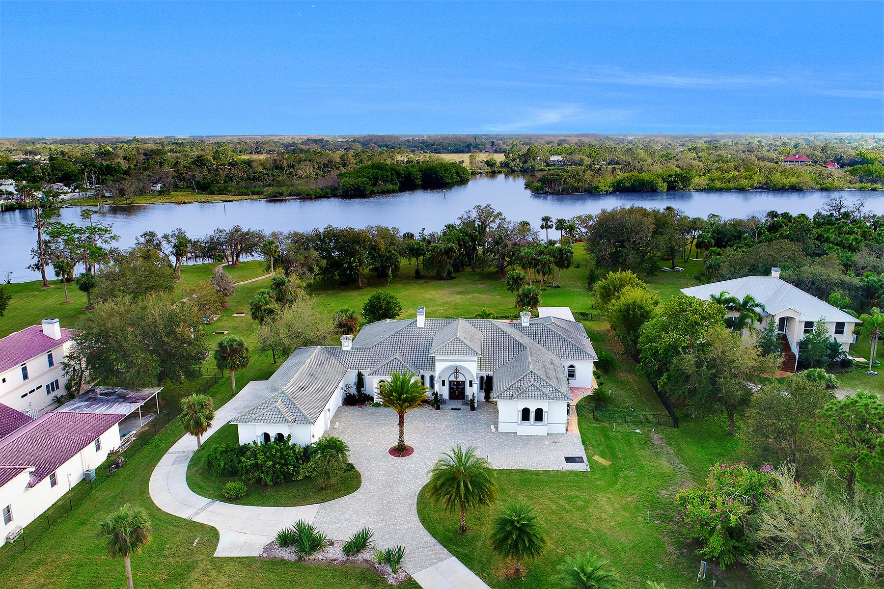 Casa Unifamiliar por un Venta en 14100 Duke Highway, Alva, FL 33920 14100 Duke Hwy, Alva, Florida, 33920 Estados Unidos