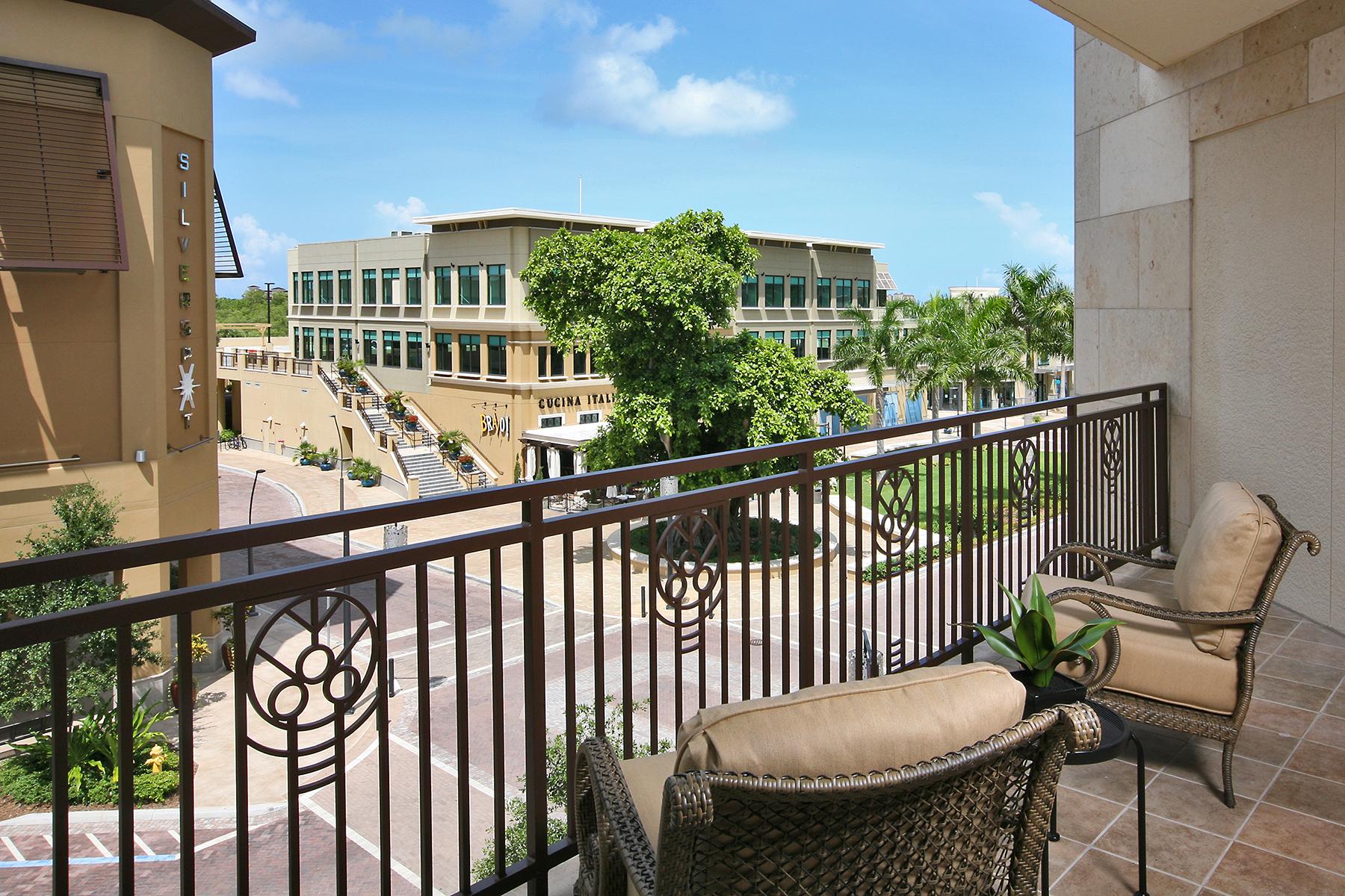 Condominio por un Venta en Strada 9123 Strada Pl 7302 Naples, Florida, 34108 Estados Unidos