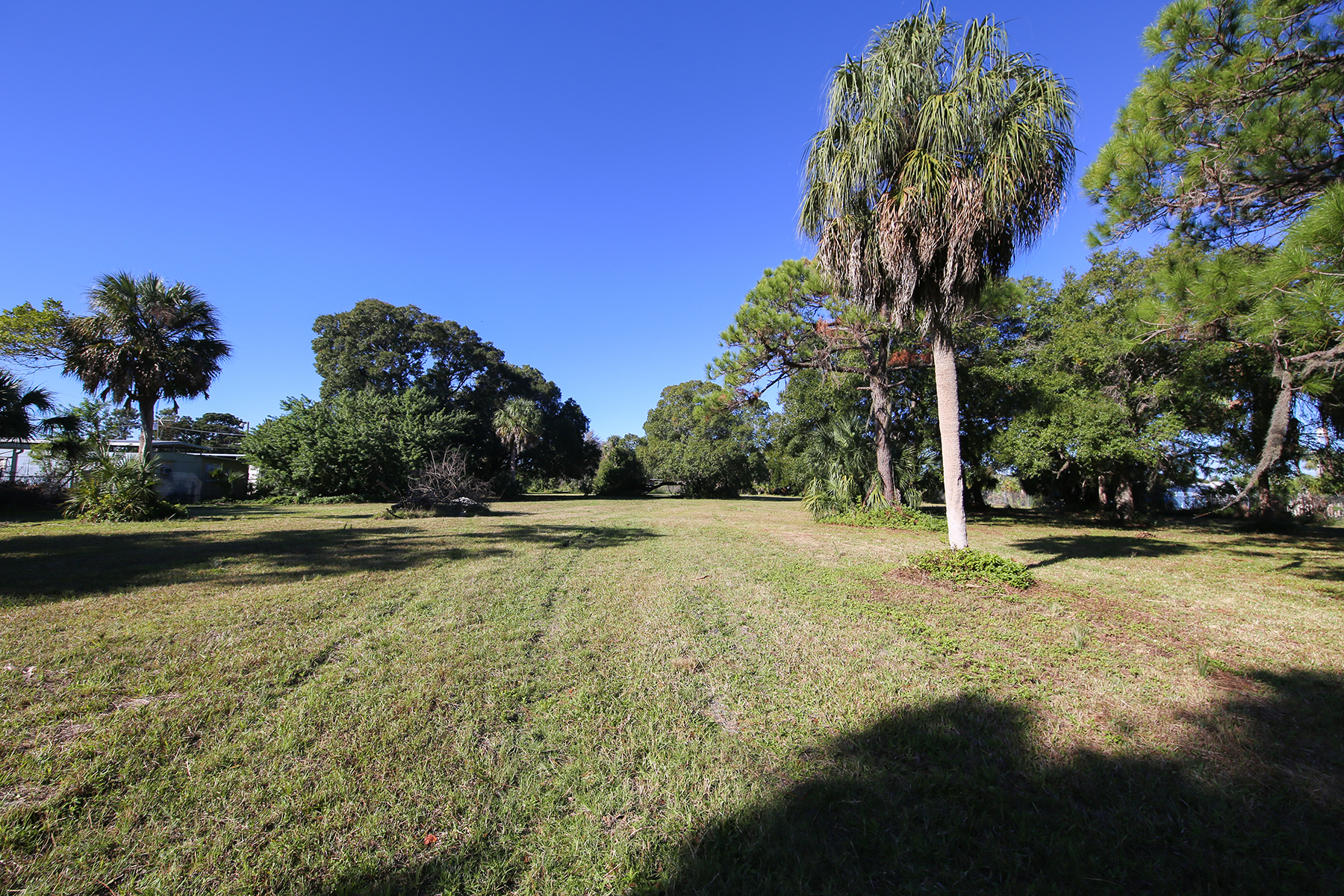Additional photo for property listing at GREGORY ESTATES 3700  14th St  W,  Bradenton, Florida 34205 United States