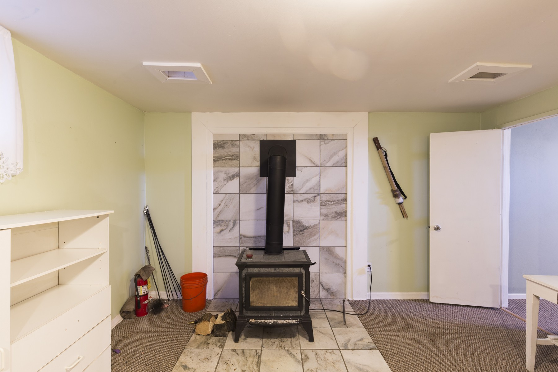 Additional photo for property listing at 178 Pioneer Rd , Kalispell, MT 59901 178  Pioneer Rd Kalispell, Montana 59901 United States