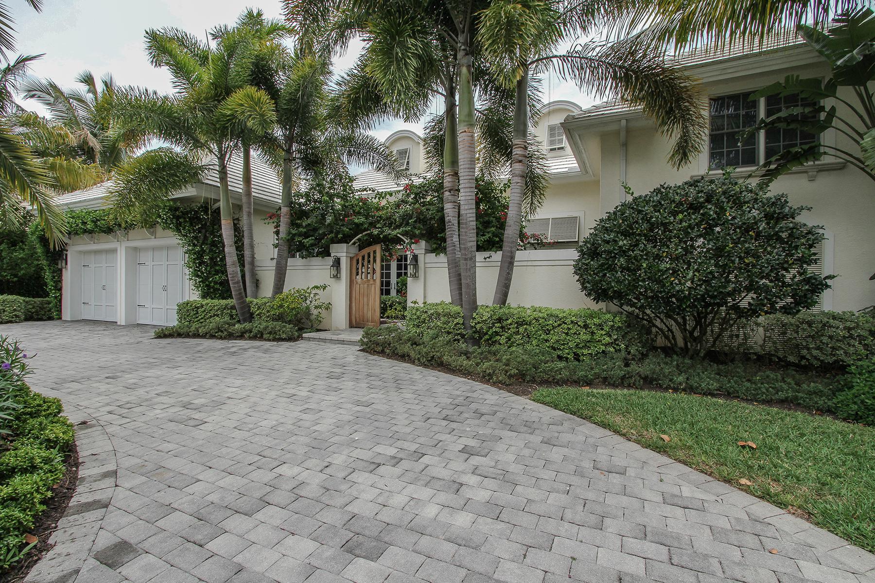 独户住宅 为 出租 在 PARK SHORE 4117 Belair Ln 那不勒斯, 佛罗里达州 34103 美国