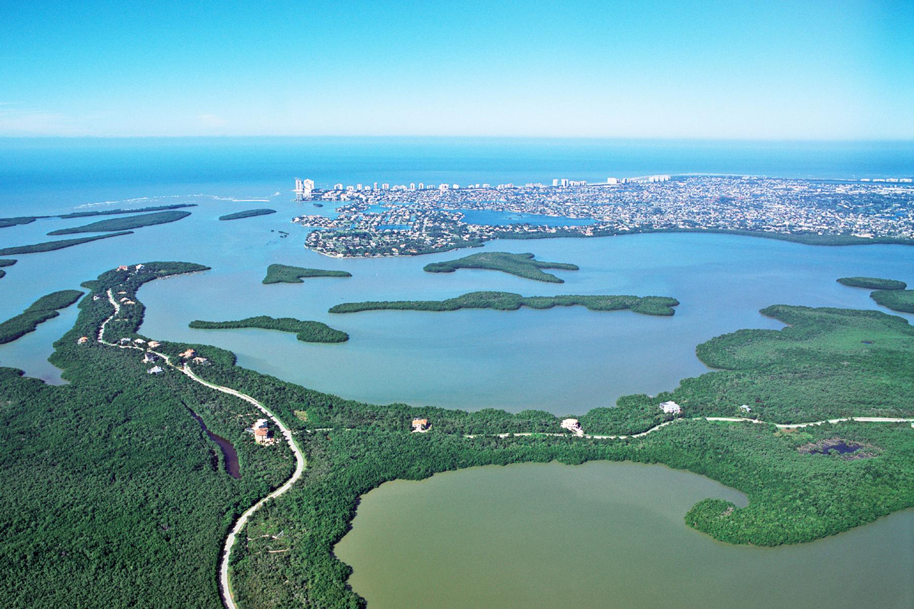 Arazi için Satış at KEY MARCO 929 Whiskey Creek Dr Marco Island, Florida, 34145 Amerika Birleşik Devletleri