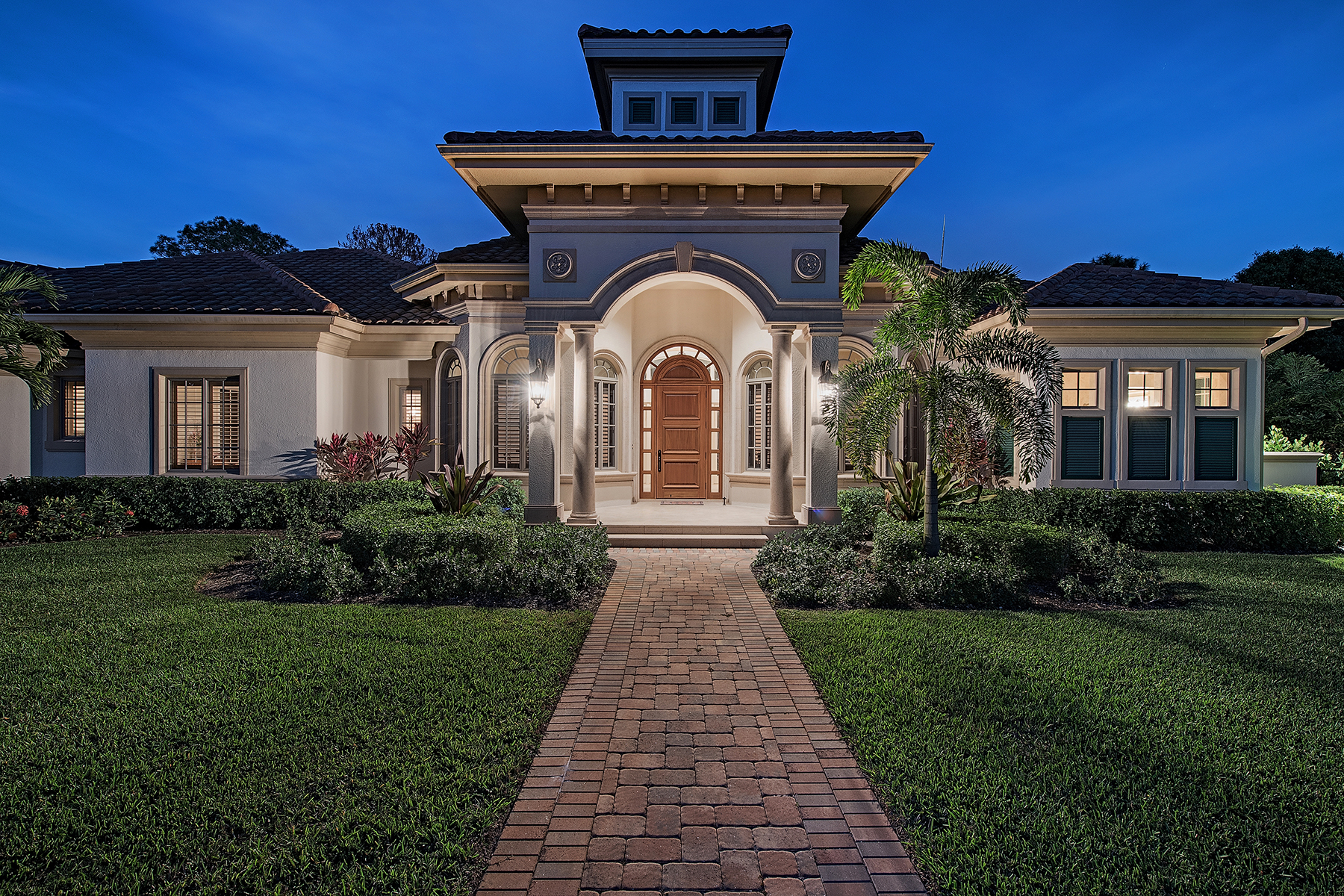 Single Family Home for Sale at PINE RIDGE 612 Carica Rd Naples, Florida, 34108 United States