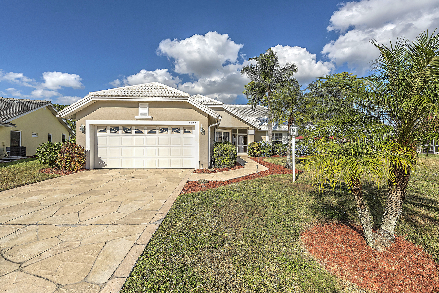 Single Family Home for Sale at Naples 5855 Westbourgh Ct Naples, Florida, 34112 United States
