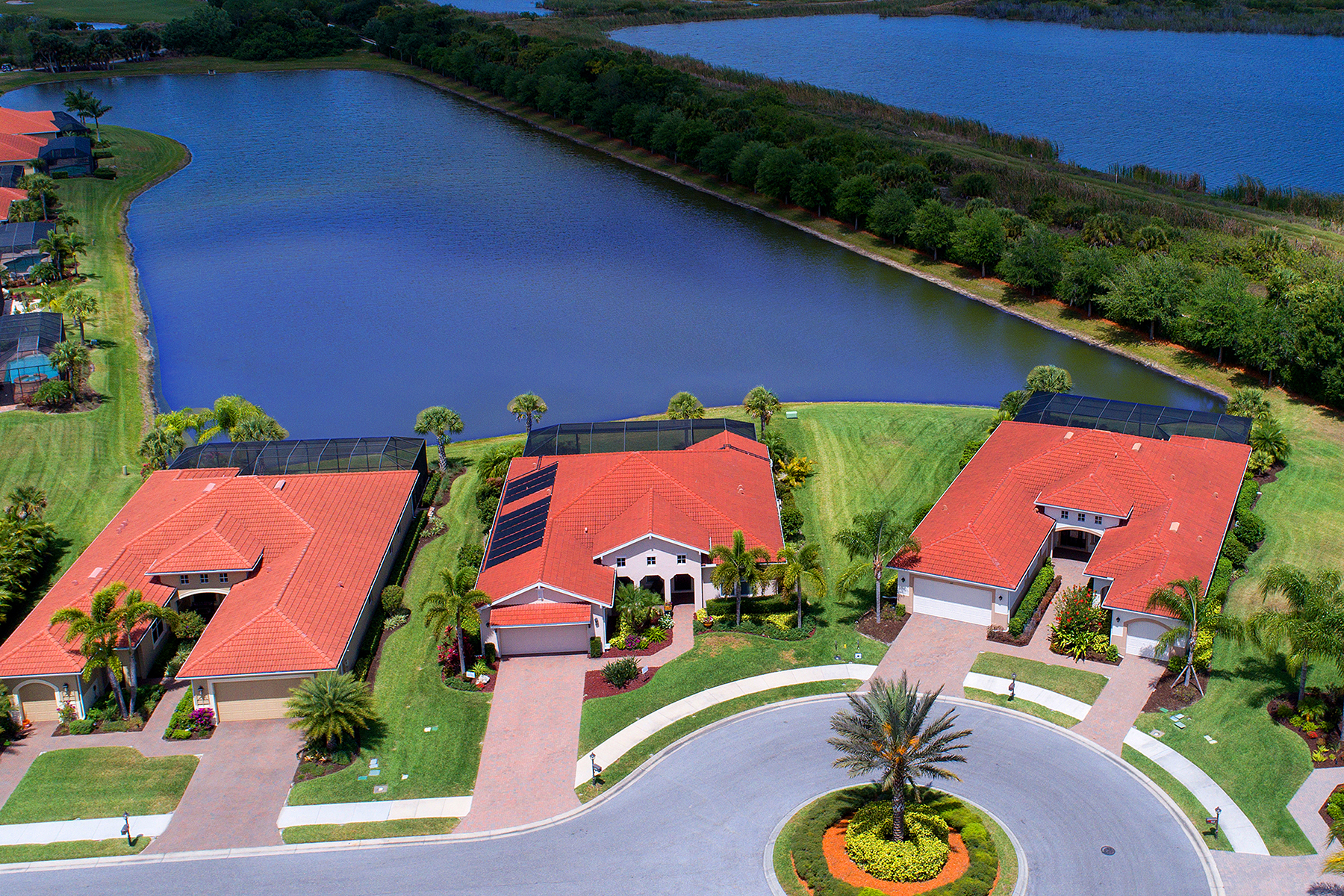 Casa Unifamiliar por un Venta en VENETIAN GOLF & RIVER CLUB 105 Asti Ct North Venice, Florida, 34275 Estados Unidos