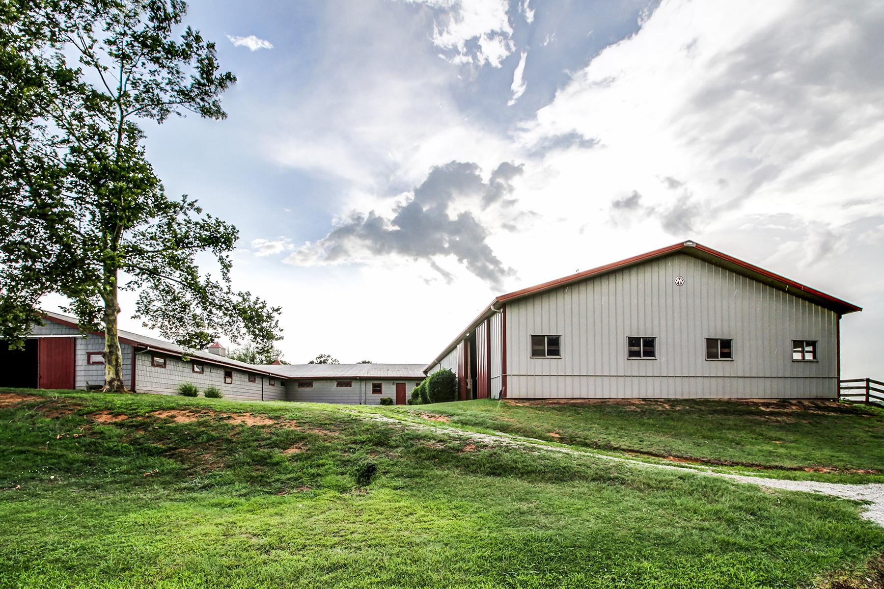 Additional photo for property listing at UNIQUE EQUESTRIAN ESTATE 151  Lake Hill Farm Rd,  Mooresboro, North Carolina 28114 United States