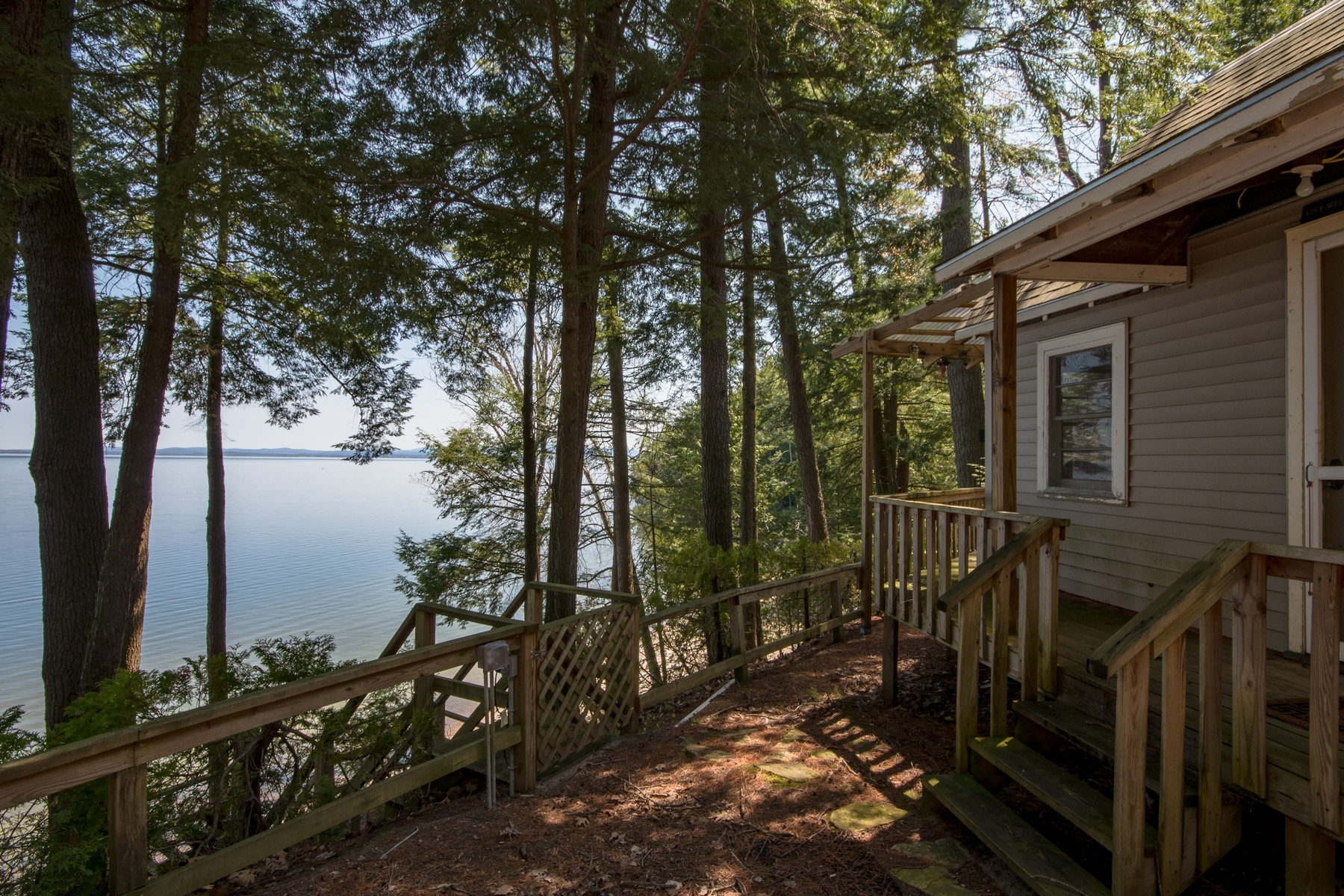Additional photo for property listing at Lake Champlain Waterfront 24  Less Traveled Rd Keeseville, New York 12944 United States