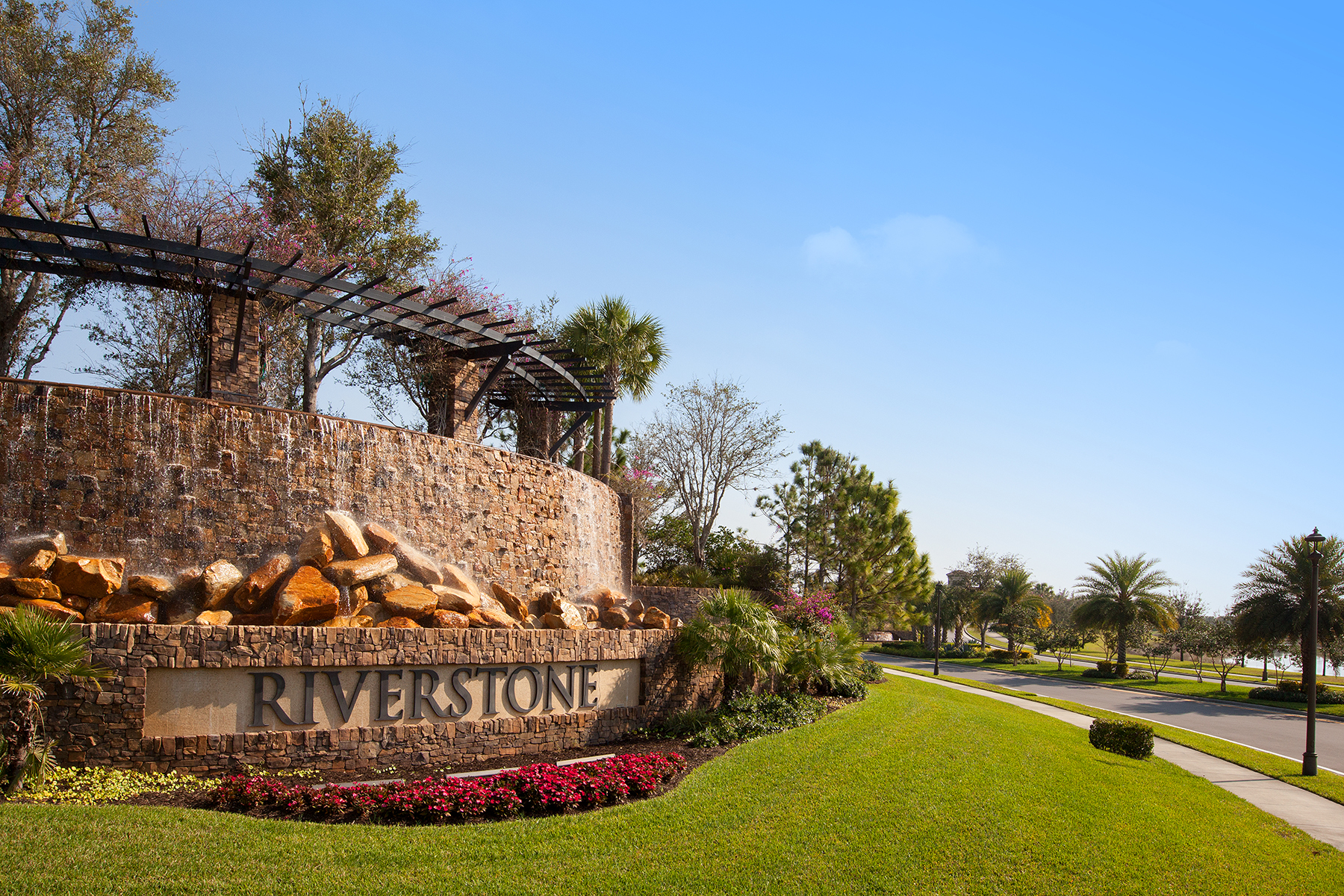 Additional photo for property listing at RIVERSTONE 3554  Beaufort Ct,  Naples, Florida 34119 United States