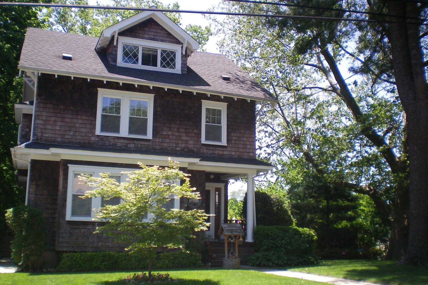 Villa per Vendita alle ore 14 Ravine Ave 14 Ravine Ave Glen Cove, New York, 11542 Stati Uniti