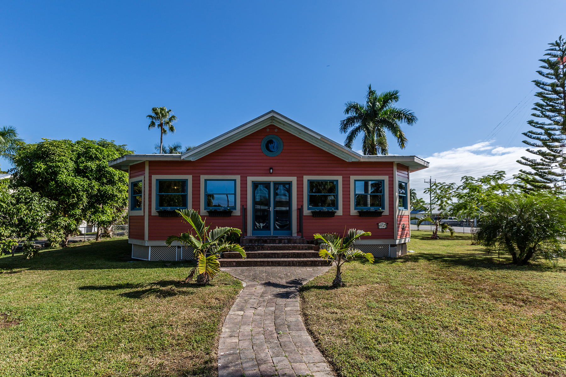 Single Family Home for Sale at EVERGLADES 202 N Storter Ave Everglades City, Florida 34139 United States
