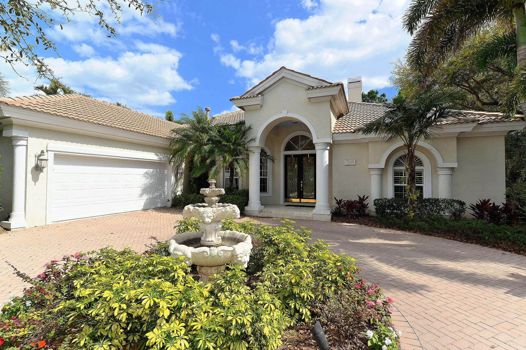 Villa per Vendita alle ore UNIVERSITY PARK 7104 Chatsworth Ct University Park, Florida, 34201 Stati Uniti