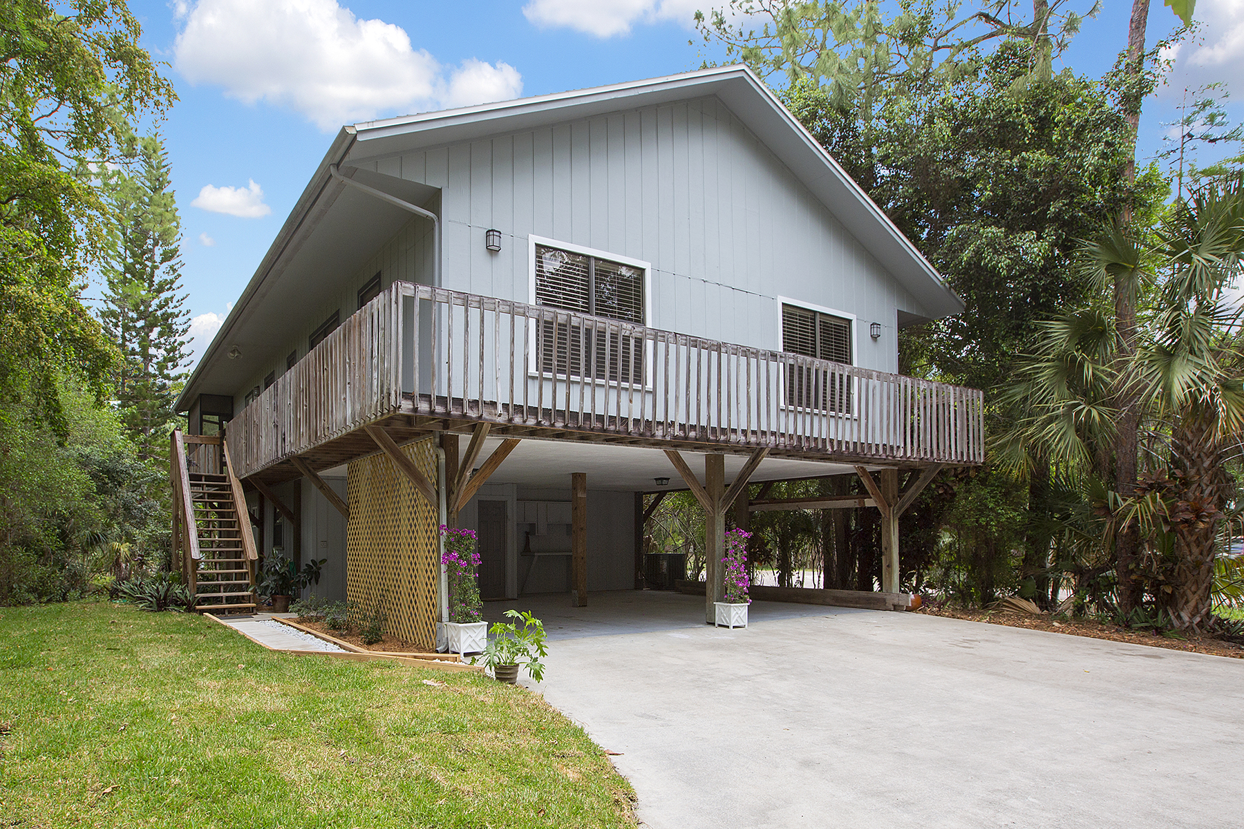 Single Family Home for Sale at Naples 4971 Hickory Wood Dr Naples, Florida, 34119 United States