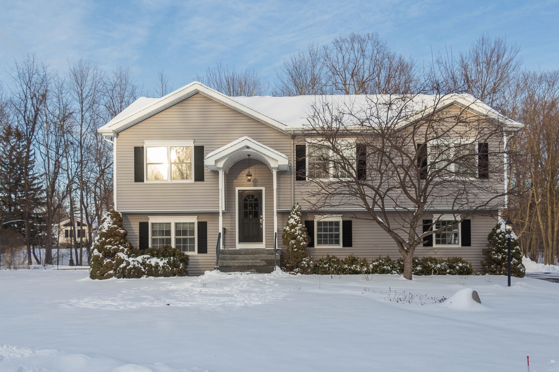 Single Family Home for Sale at Custom Colonial Home 4201 B Albany St Albany, New York 12205 United States