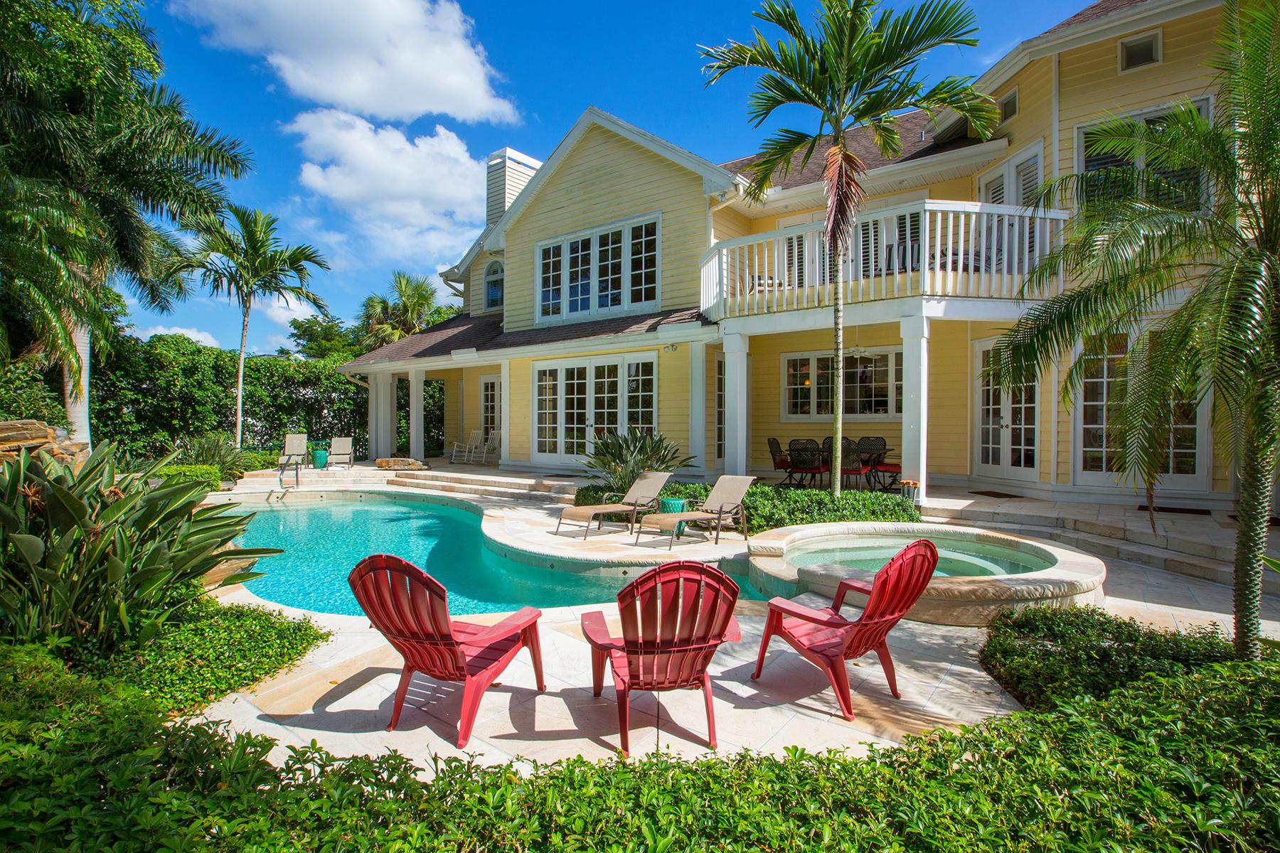 独户住宅 为 销售 在 PORT ROYAL 2750 Treasure Ln Port Royal, 那不勒斯, 佛罗里达州, 34102 美国