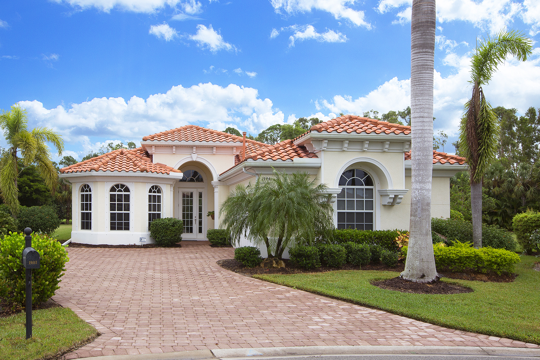 Single Family Home for Sale at BELLE LAGO 19441 Caladesi Dr, Estero, Florida, 33967 United States