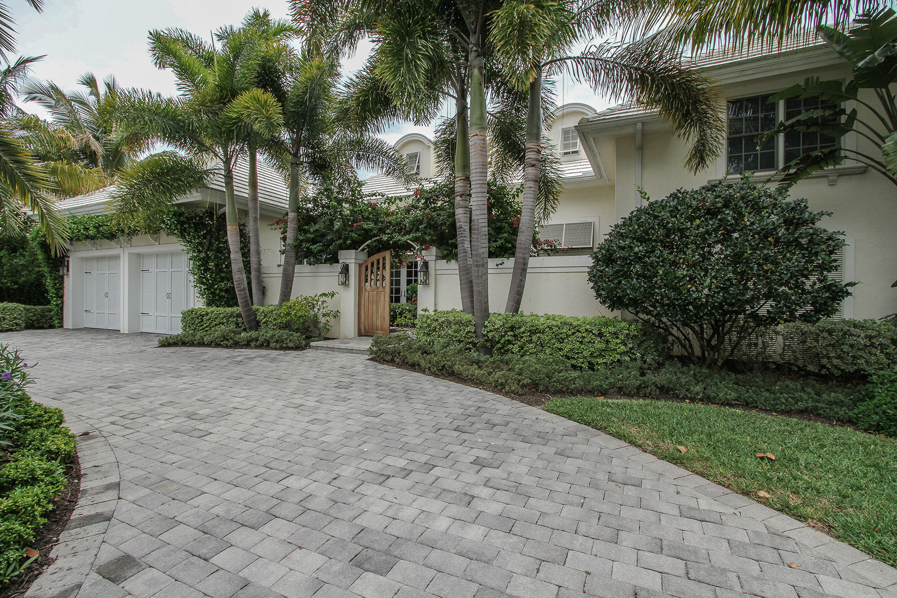 Single Family Home for Rent at PARK SHORE 4117 Belair Ln Naples, Florida 34103 United States