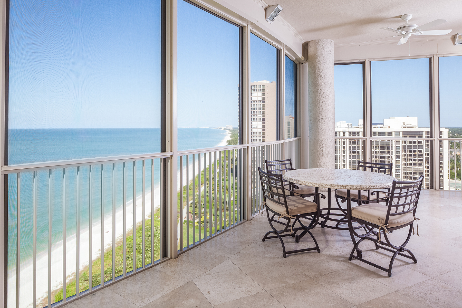 Additional photo for property listing at PARK SHORE - LE RIVAGE 4351  Gulf Shore Blvd  N 18N,  Naples, Florida 34103 United States