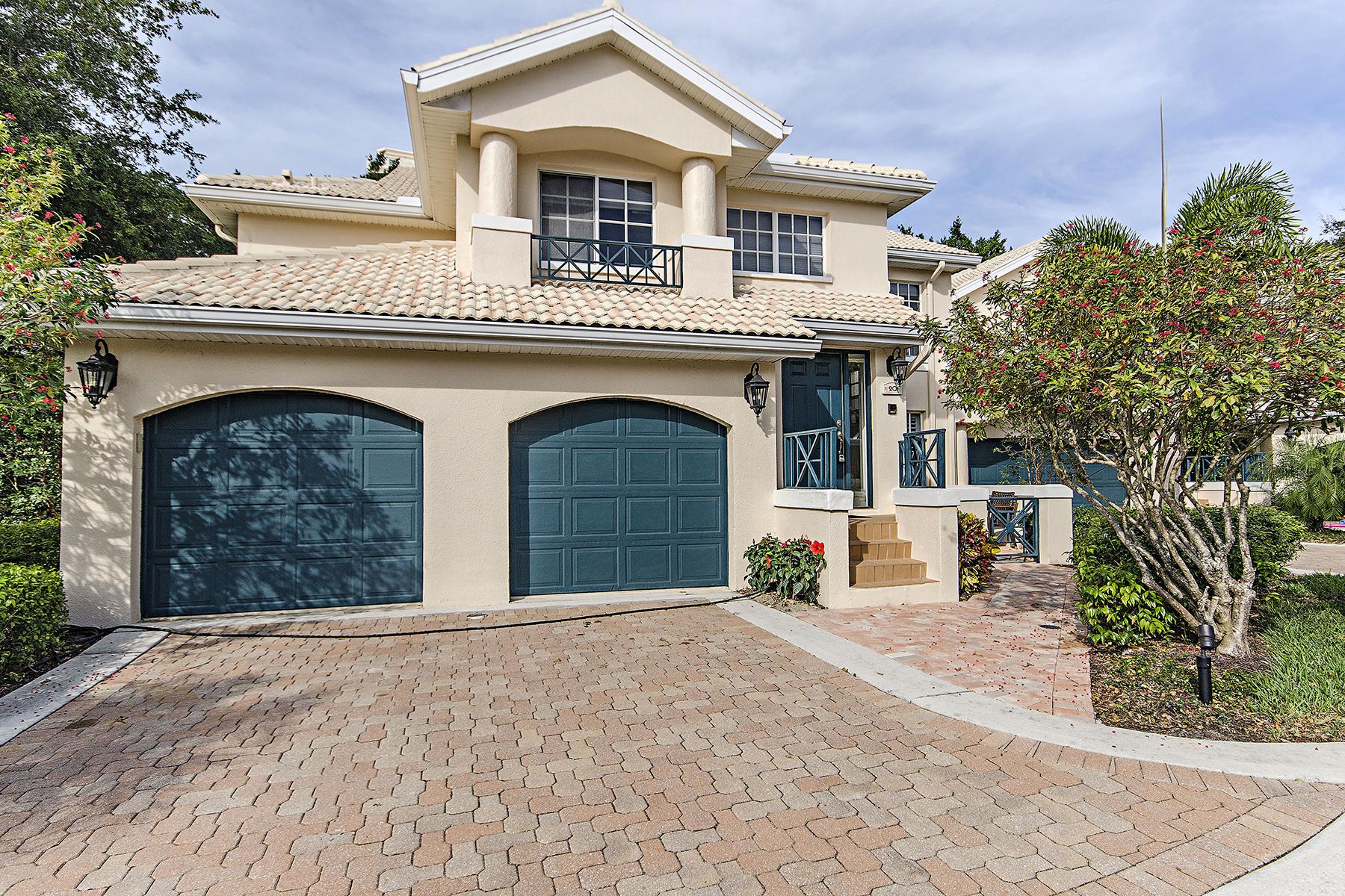 共管式独立产权公寓 为 销售 在 Naples 6855 San Marino Dr 201B 那不勒斯, 佛罗里达州, 34108 美国