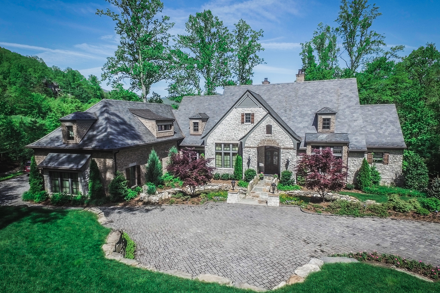 Single Family Home for Sale at CLIFFS AT WALNUT COVE 679 Walnut Valley Pkwy Arden, North Carolina, 28704 United StatesIn/Around: Asheville