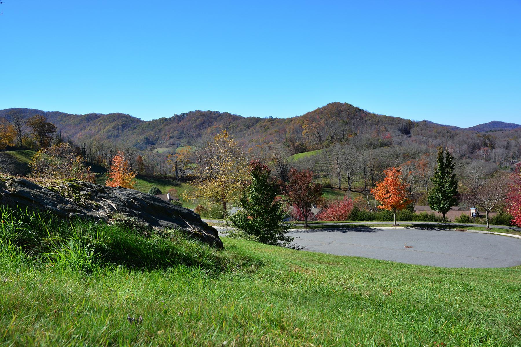 Land for Sale at BANNER ELK - APPLE ORCHARD Lot 33 King Lucious Ln, Banner Elk, North Carolina 28604 United States
