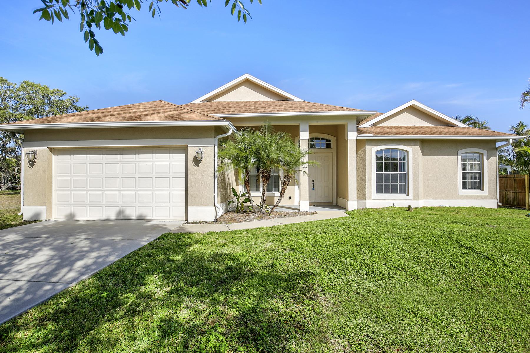 一戸建て のために 売買 アット ROSEMARY HEIGHTS - ROSEMARY HEIGHTS 927 Rosemary Ln, Naples, フロリダ, 34103 アメリカ合衆国