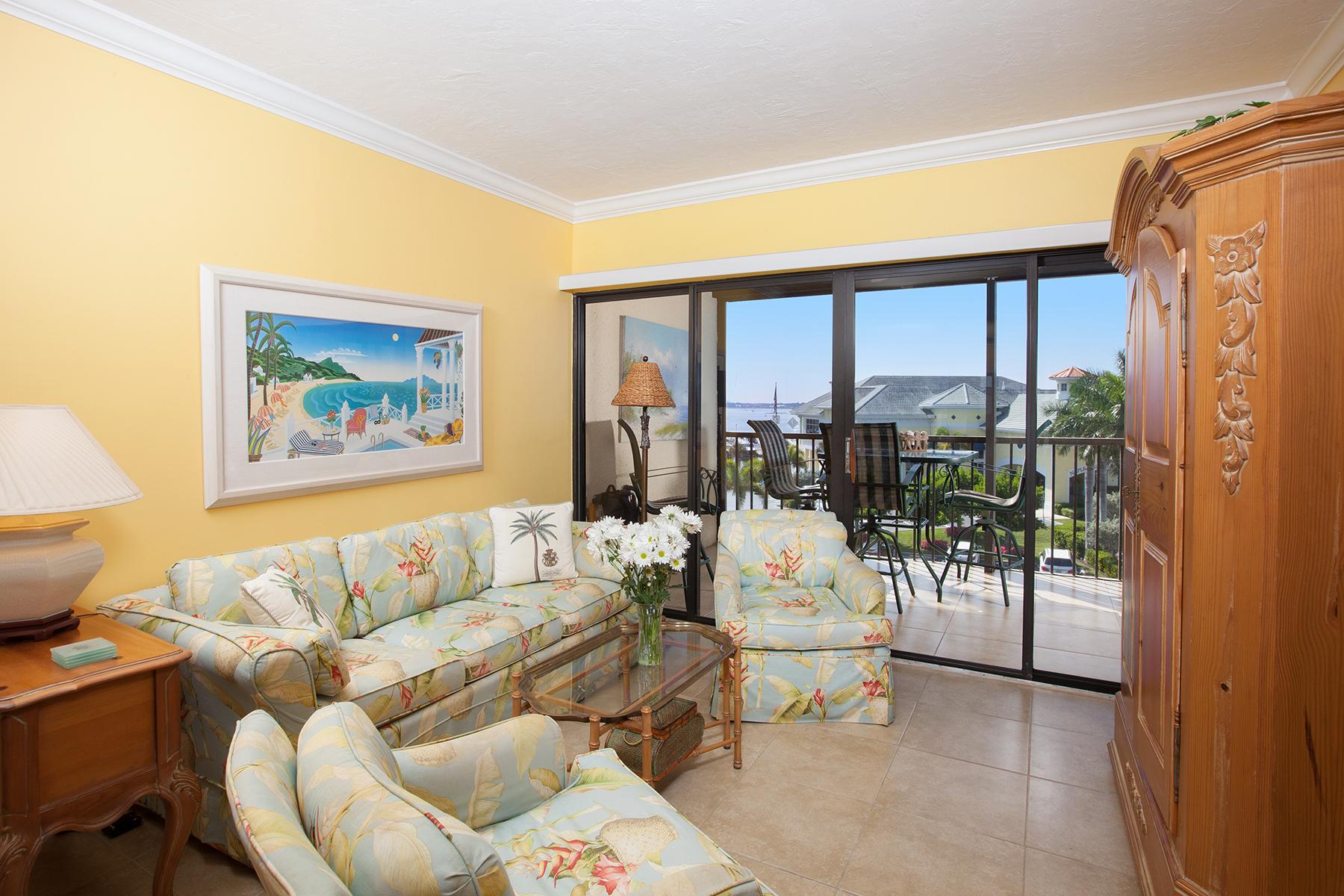 共管式独立产权公寓 为 销售 在 BEAUMER 807 River Point Dr D-302 那不勒斯, 佛罗里达州, 34102 美国
