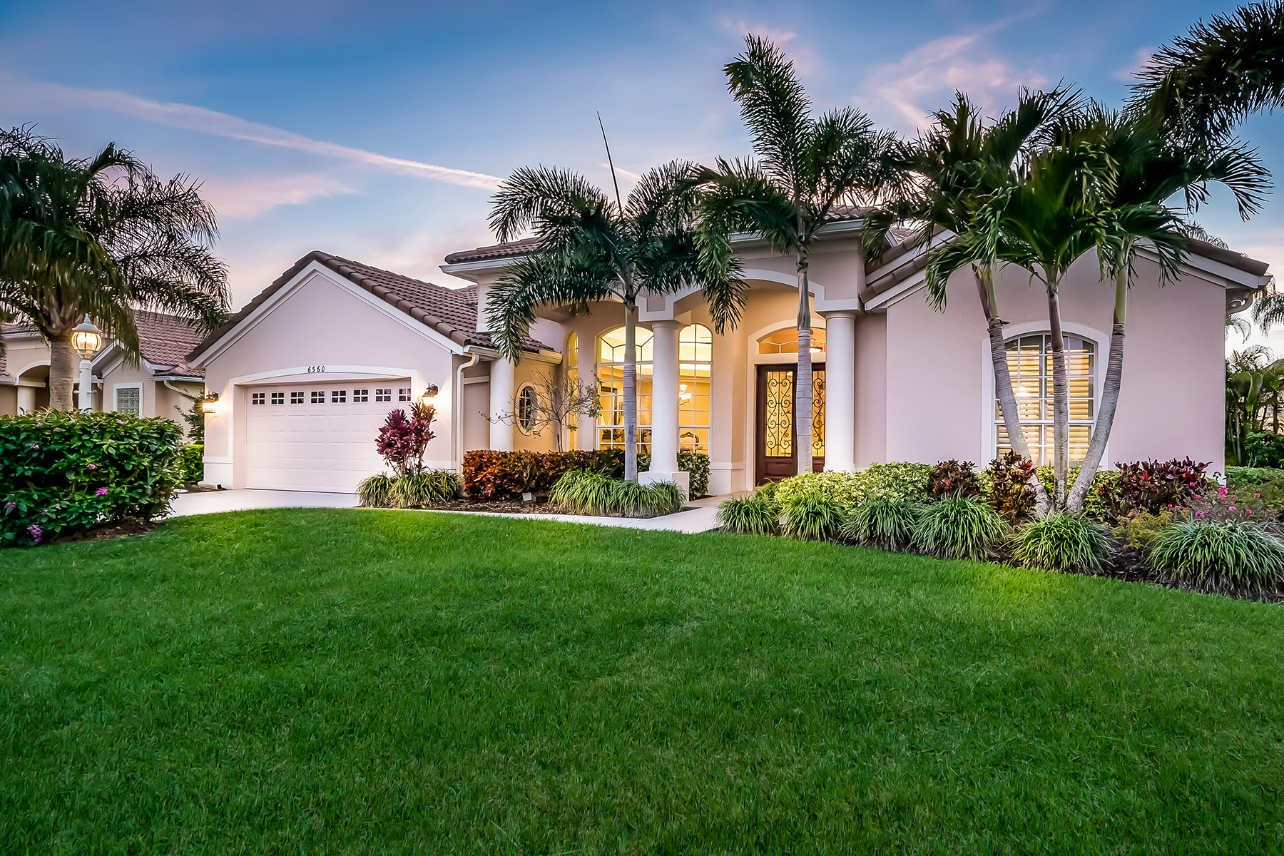 Single Family Home for Sale at LAKEWOOD RANCH COUNTRY CLUB 6560 The Masters Ave, Lakewood Ranch, Florida 34202 United States