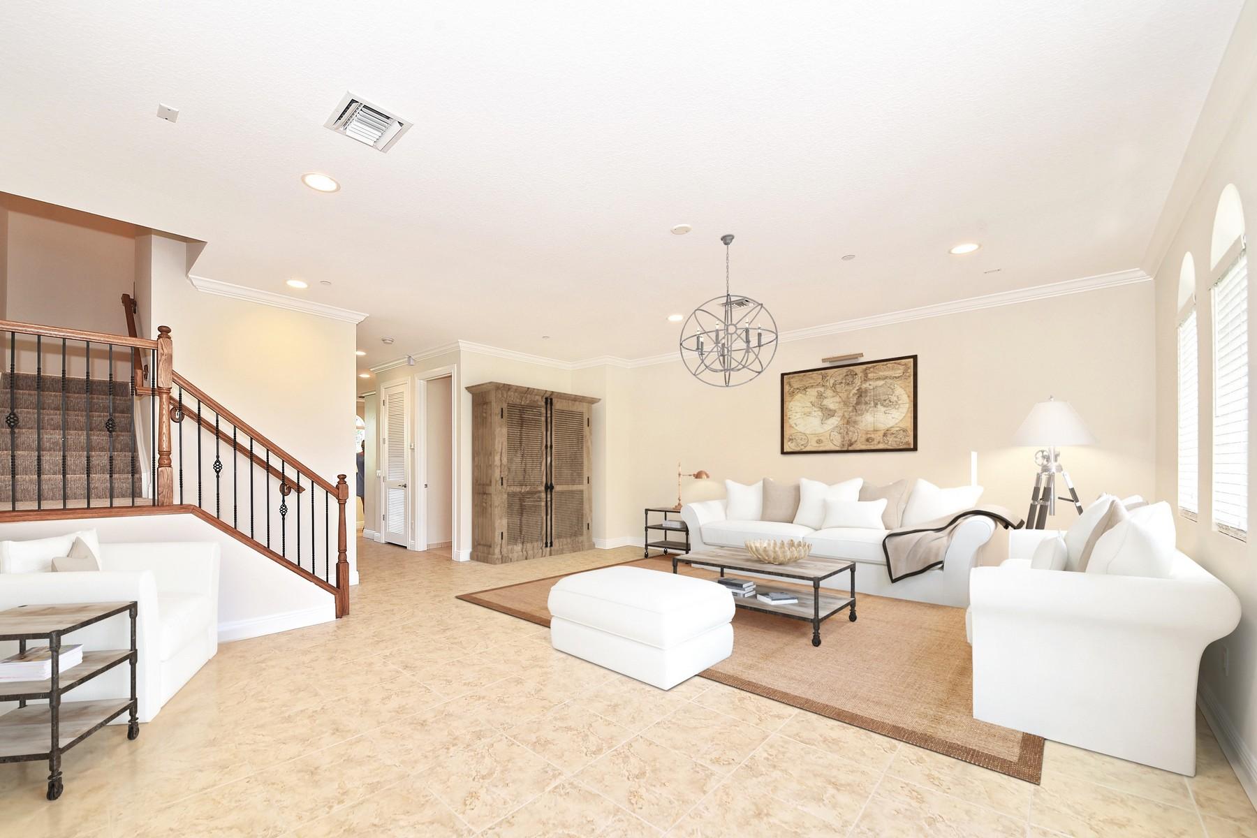 Таунхаус для того Продажа на 814 Virginia Garden Dr , Boynton Beach, FL 33435 814 Virginia Garden Dr Boynton Beach, Флорида, 33435 Соединенные Штаты