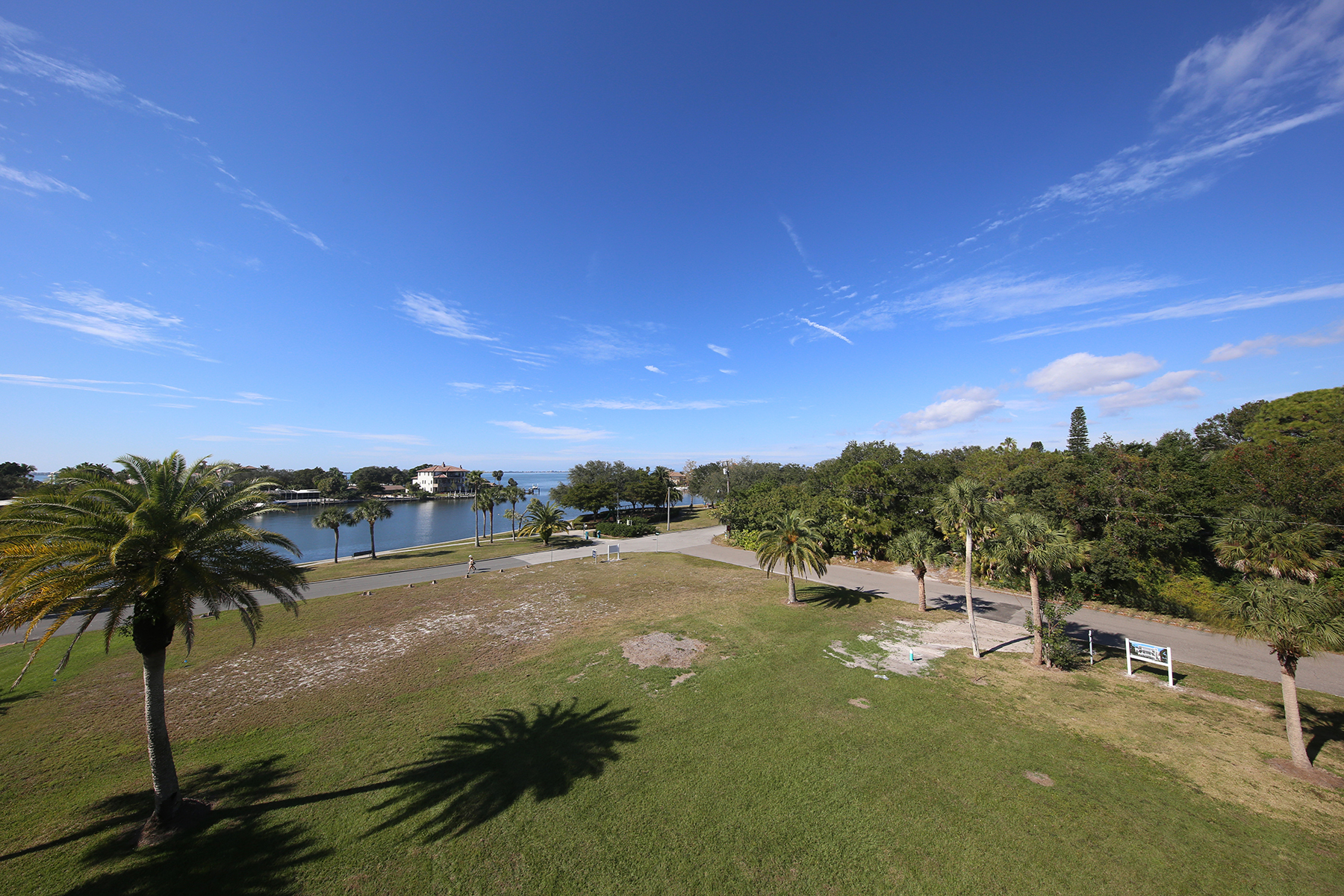 Land for Sale at SAPPHIRE SHORES 418 Acacia Dr 1, Sarasota, Florida, 34234 United States