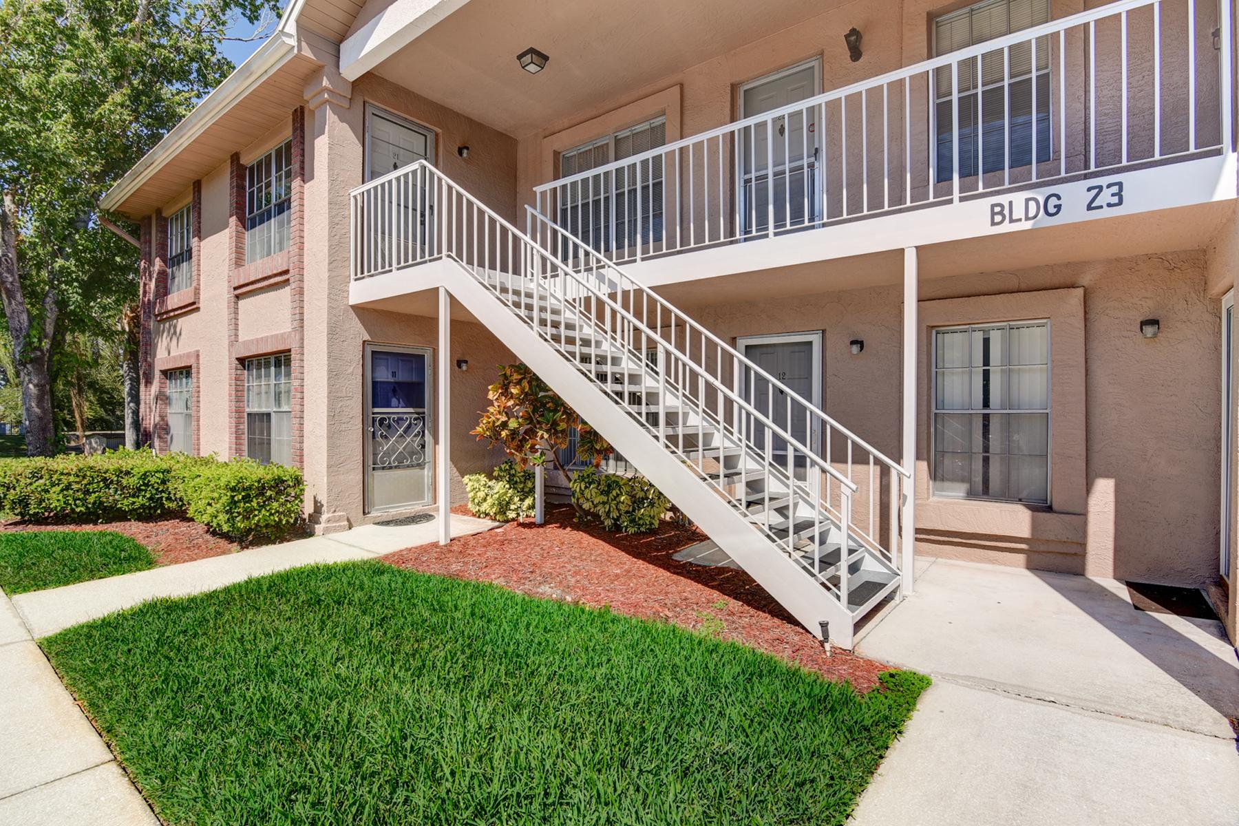 Πολυκατοικία ατομικής ιδιοκτησίας για την Πώληση στο NEW PORT RICHEY 4916 Sunnybrook Dr 22 New Port Richey, Φλοριντα 34653 Ηνωμενεσ Πολιτειεσ