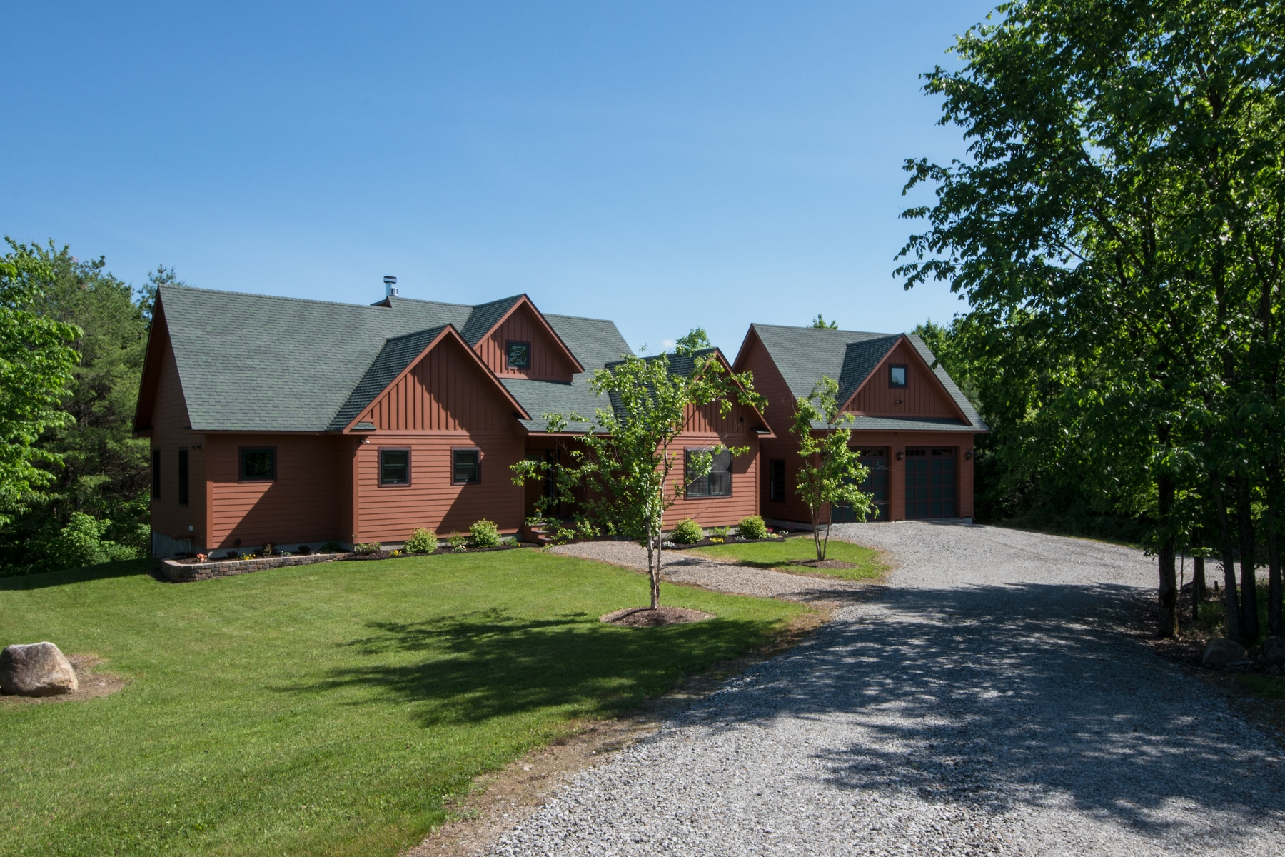 Maison unifamiliale pour l Vente à Custom Adirondack Country Retreat 498 Stickney Bridge Rd Jay, New York 12941 États-Unis