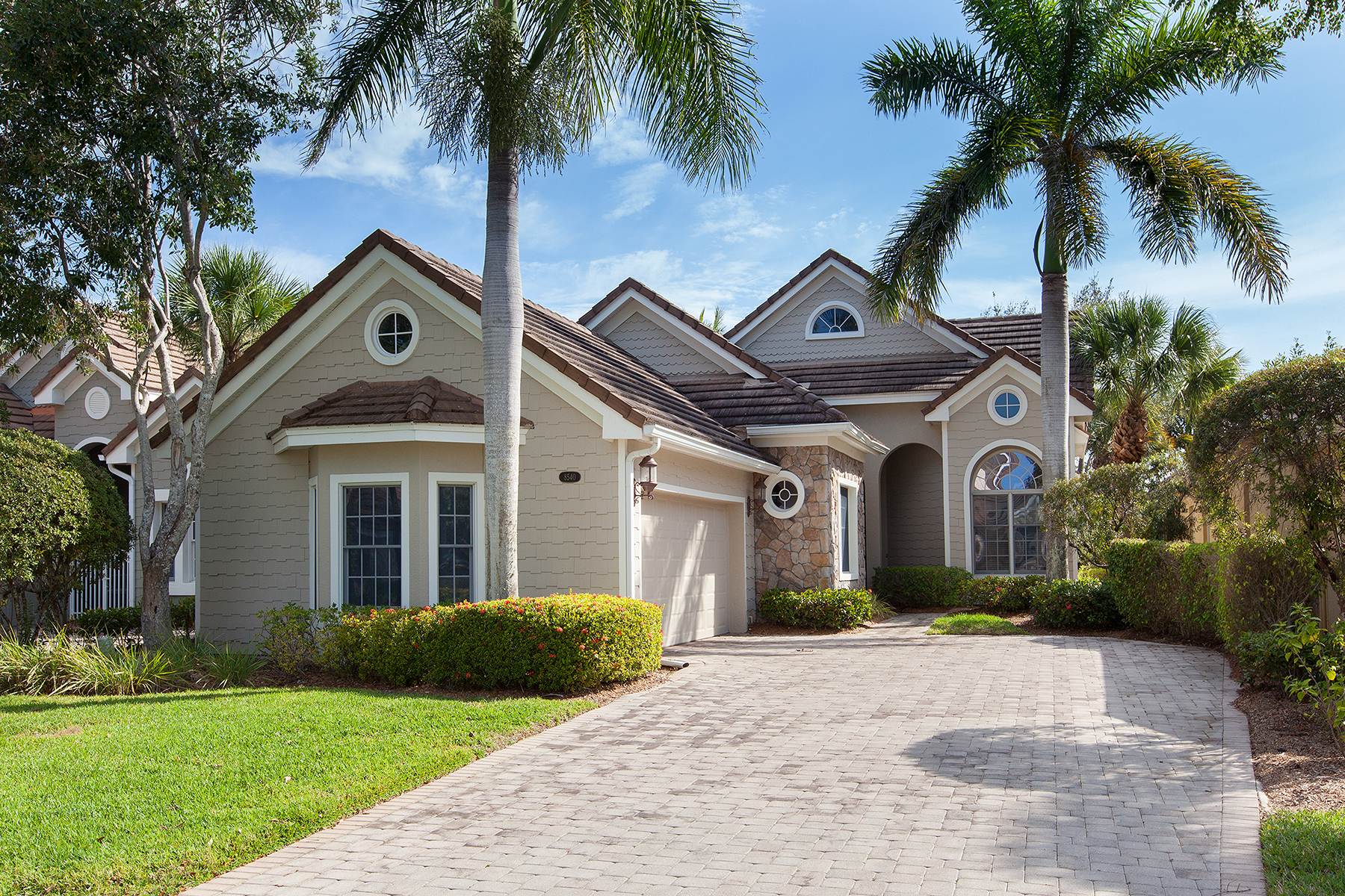 Maison unifamiliale pour l Vente à FIDDLERS CREEK 8540 Mallards Way Naples, Florida, 34114 États-Unis
