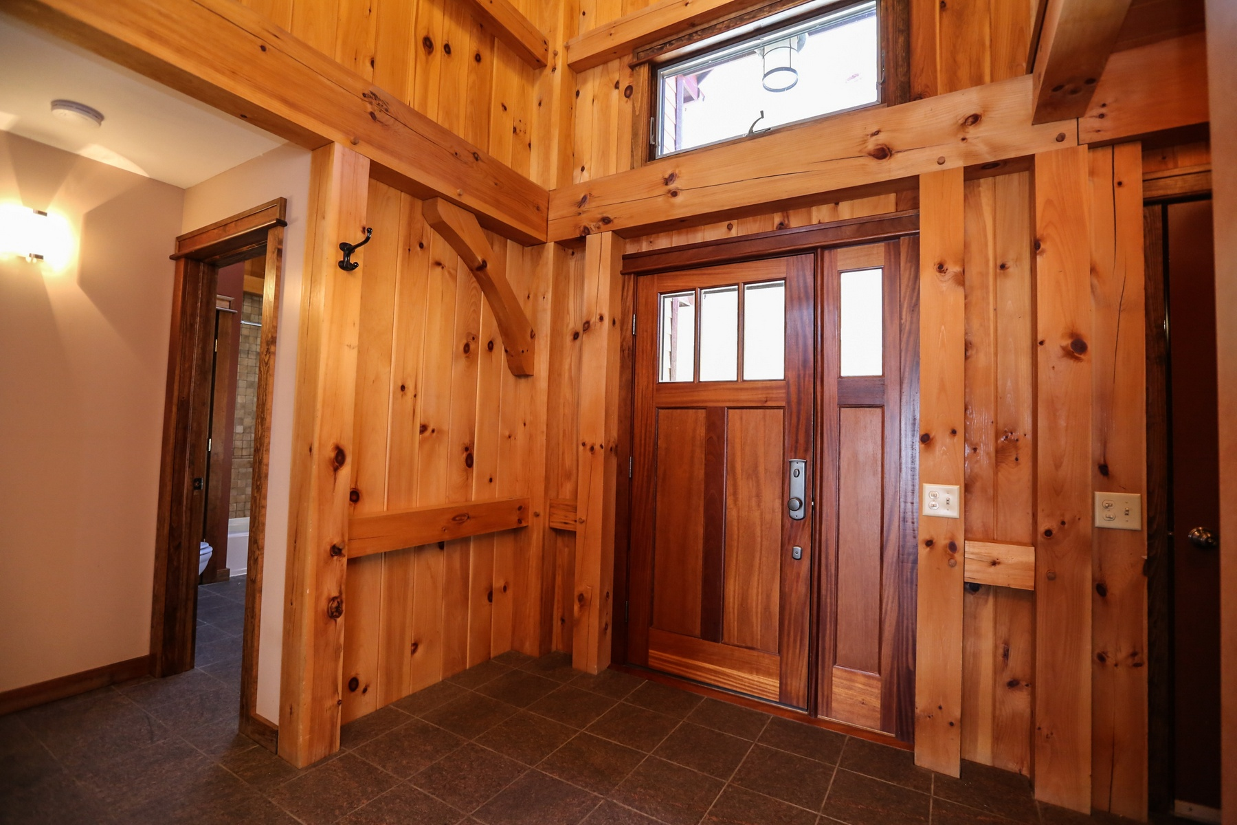 Additional photo for property listing at Spectacular Timber Frame on Seneca  Lake 4572  Lakeview Rd Starkey, New York 14837 United States