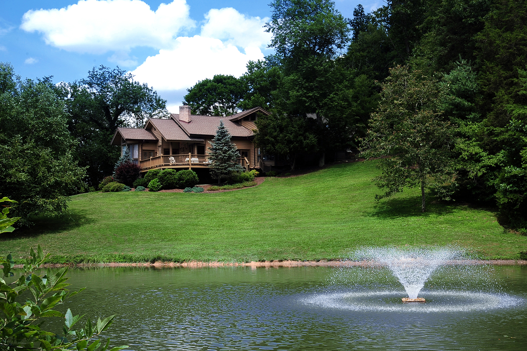Single Family Home for Sale at 409 ACRE ESTATE WITH 4 HOUSES IN BRISTOL, TN 485 Gentry Ln Bristol, Tennessee, 37620 United States