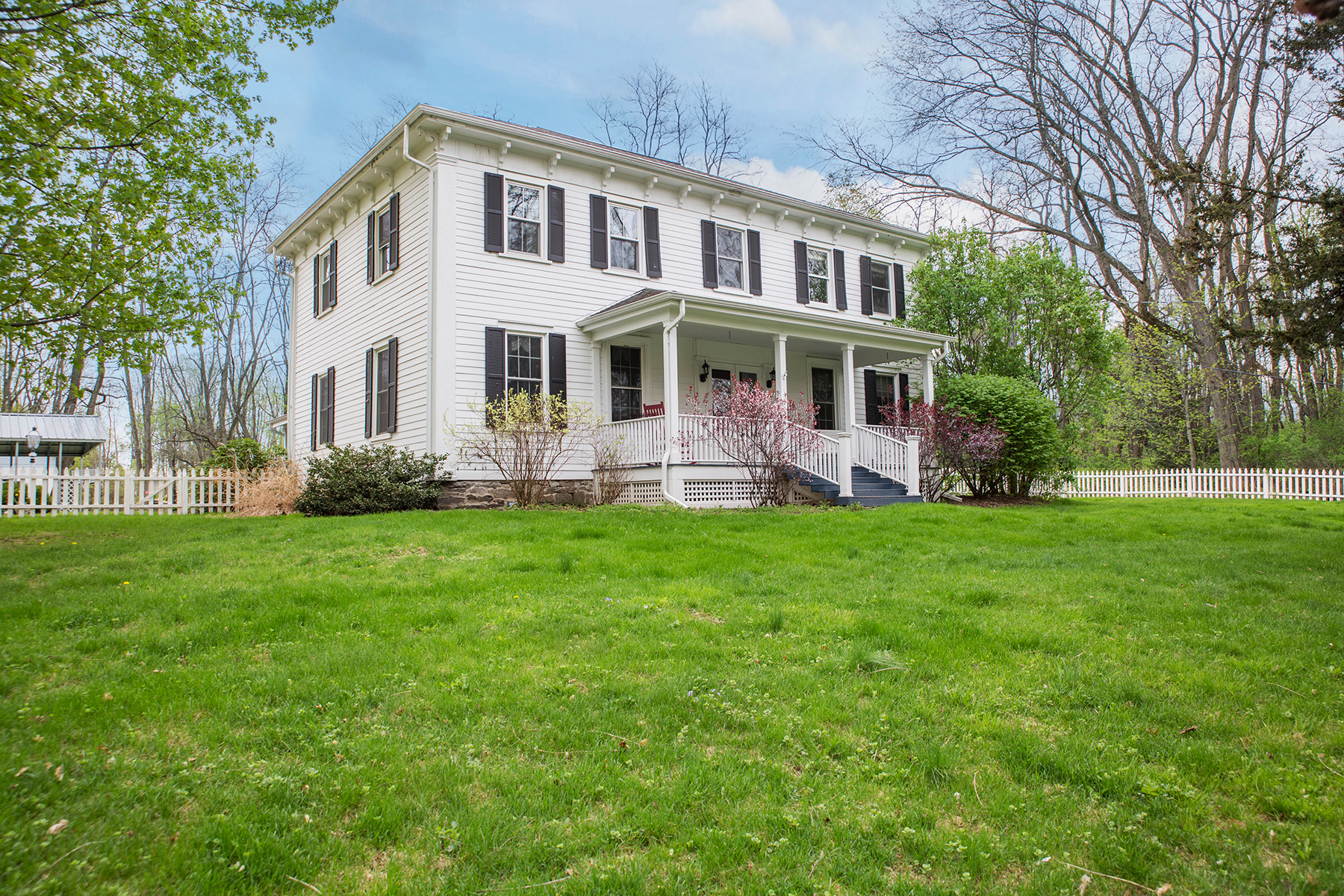Single Family Home for Sale at Dancing Dog Farm 44 Schuurman Rd Castleton, New York 12033 United States