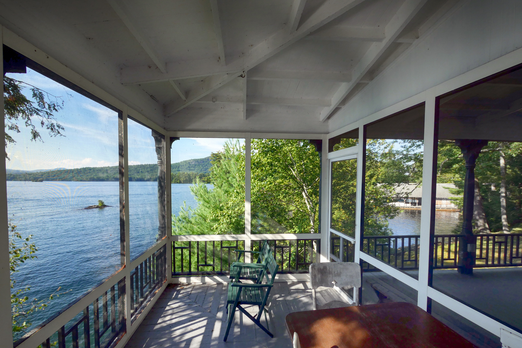Additional photo for property listing at Lakeside on Lake George 931  Shelving Rock Rd Fort Ann, New York 12827 United States