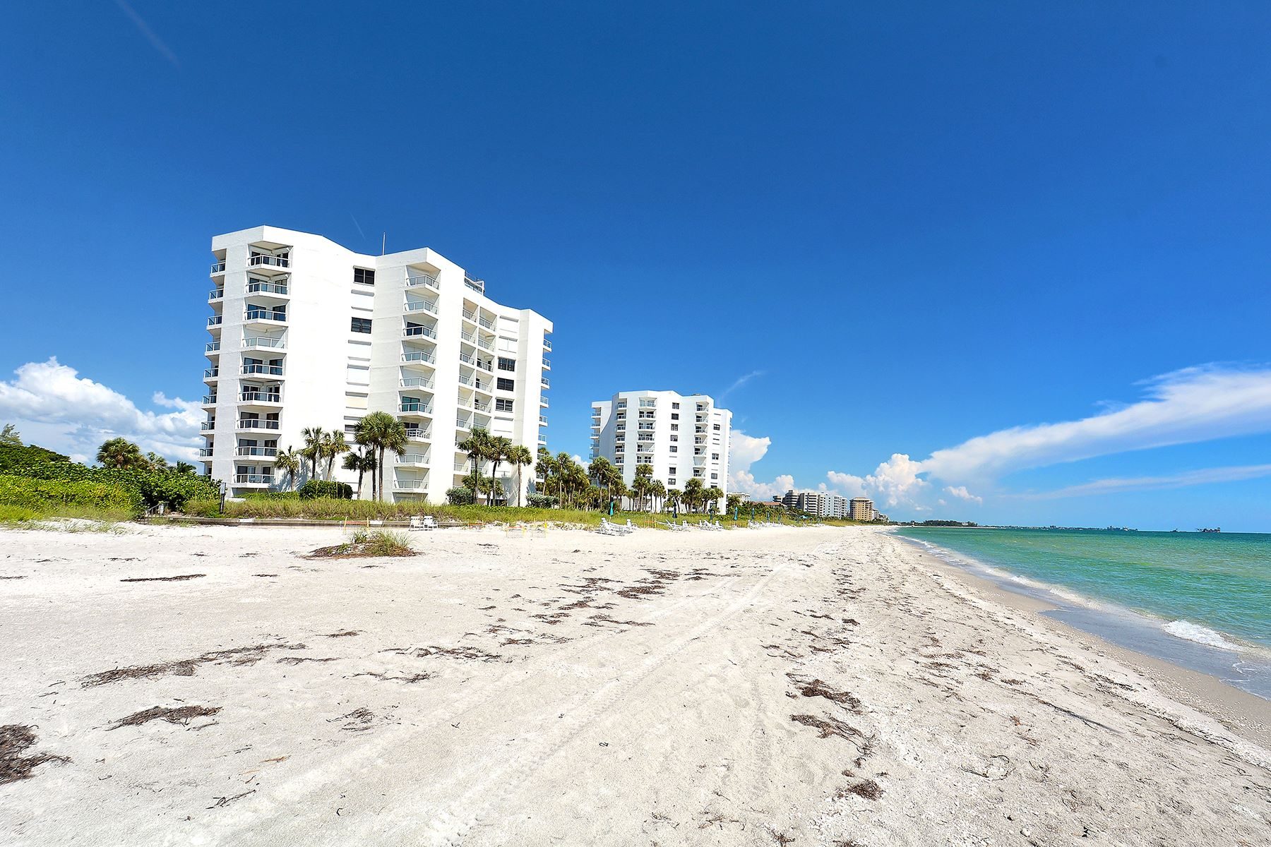 Additional photo for property listing at LONGBOAT KEY 1050  Longboat Club Rd 303 Longboat Key, Florida 34228 United States