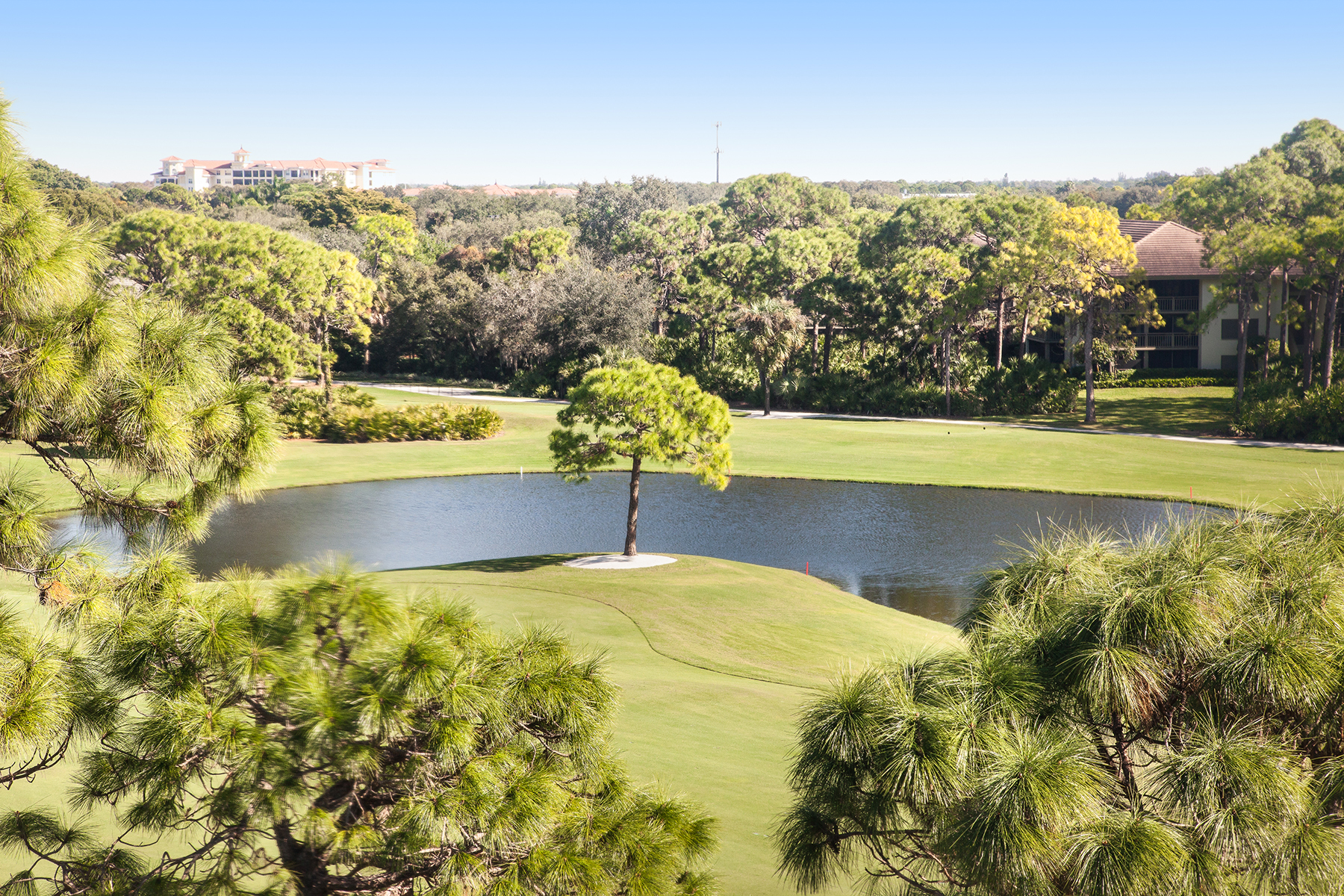 Condominium for Sale at BONITA BAY - WEDGEWOOD 26910 Wedgewood Dr PH 501, Bonita Springs, Florida 34134 United States