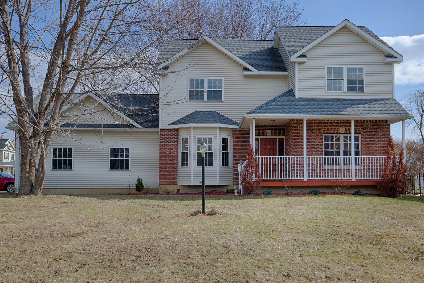 Single Family Home for Sale at Gleaming Colonial on Cul de Sac 6 Eastland Circle Bethlehem, New York 12203 United States