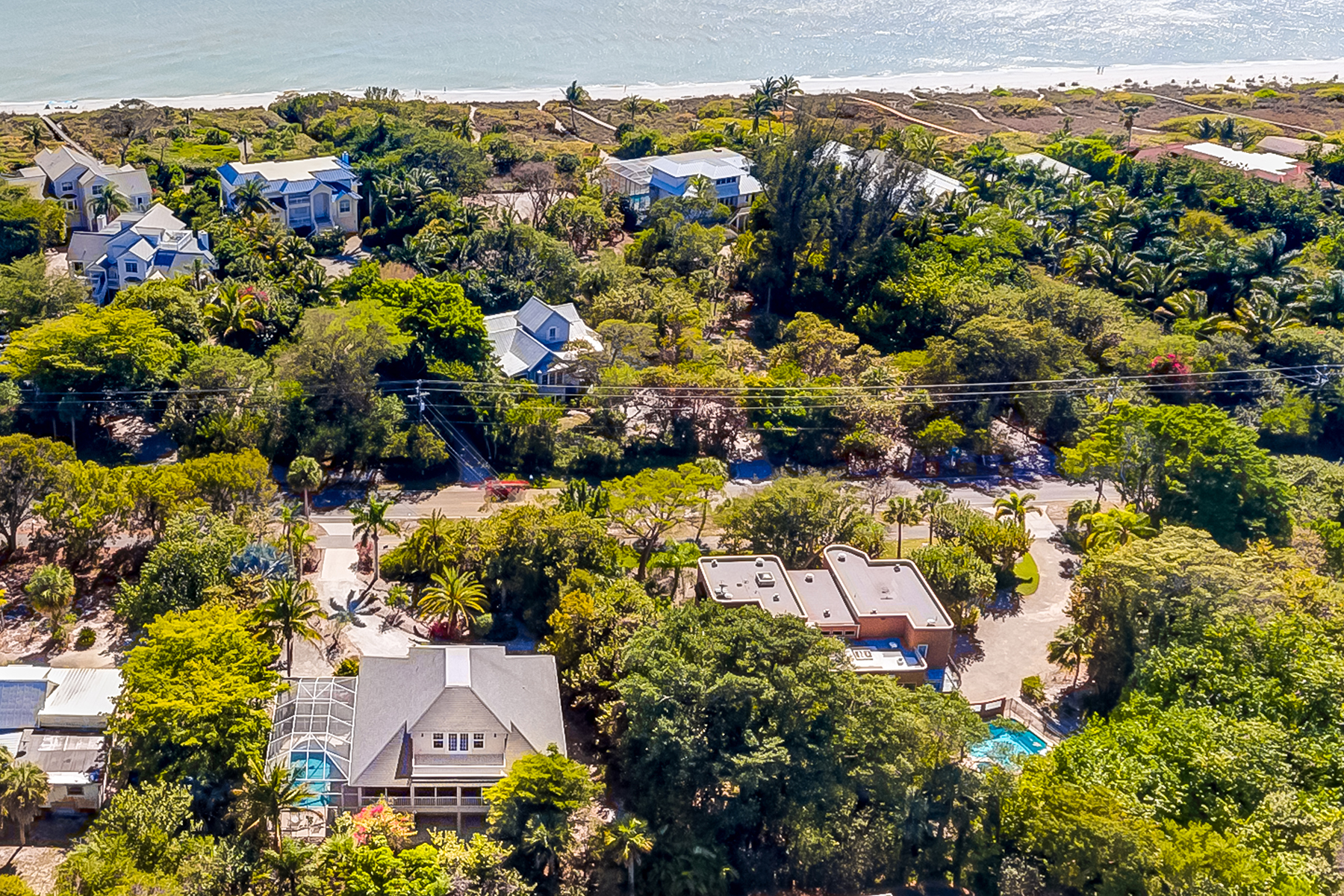 Single Family Home for Sale at SANIBEL 3386 W Gulf Dr Sanibel, Florida, 33957 United States