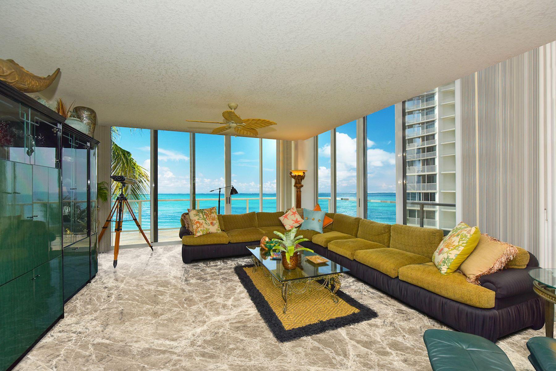 콘도미니엄 용 매매 에 L'ELEGANCE 1800 Benjamin Franklin Dr B306 Sarasota, 플로리다, 34236 미국