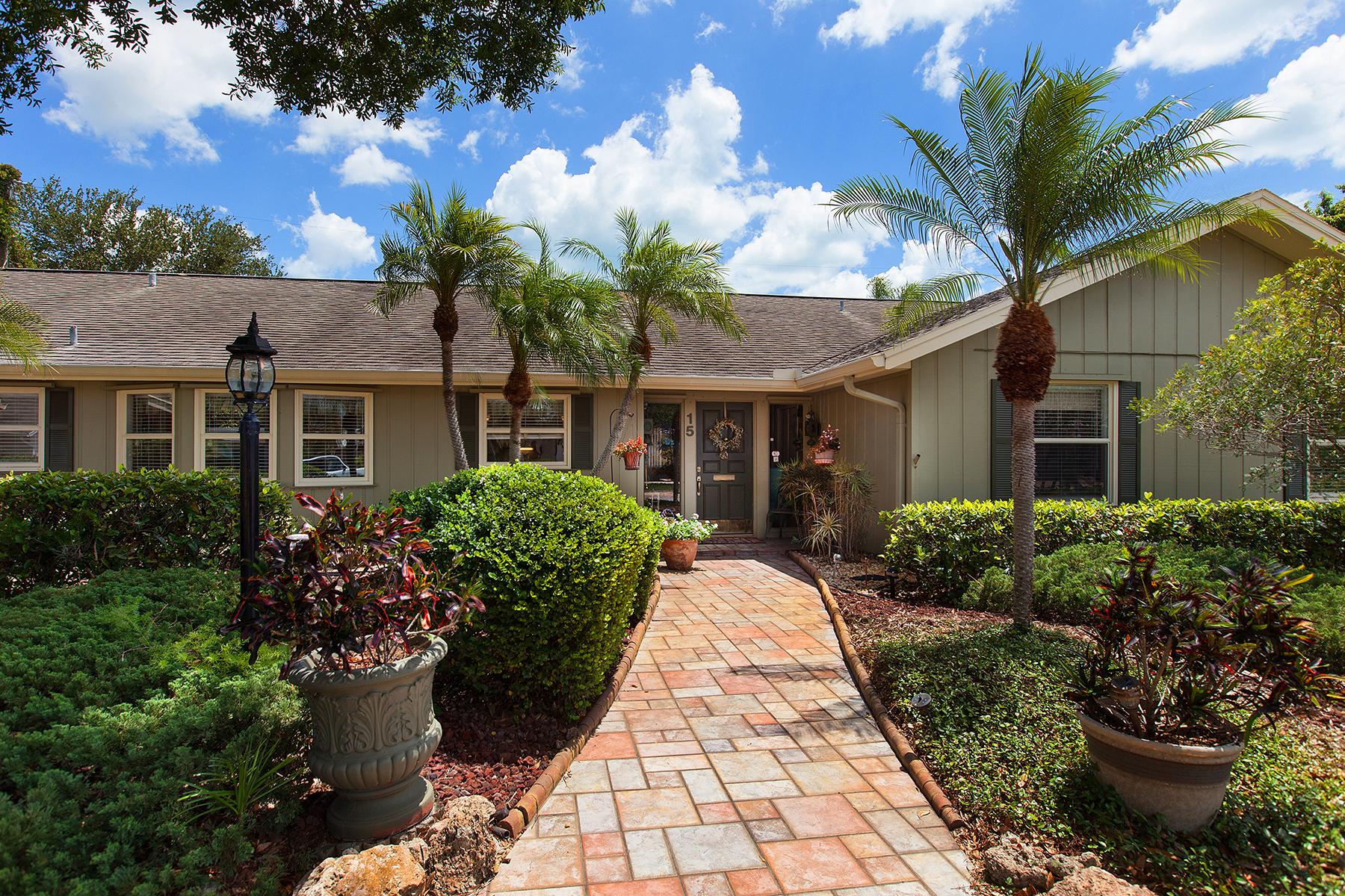 Частный односемейный дом для того Продажа на GULF MANOR 15 Gulf Manor Dr Venice, Флорида, 34285 Соединенные Штаты