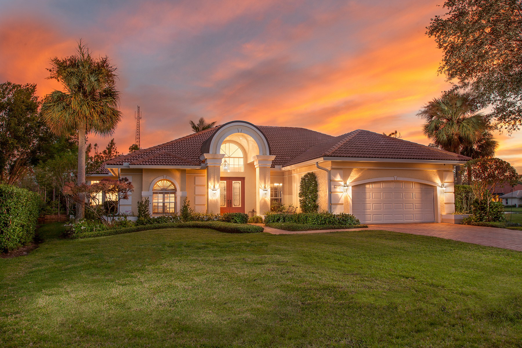 Single Family Home for Sale at CROSSINGS - MILL RUN 1908 Manchester Cir, Naples, Florida 34109 United States