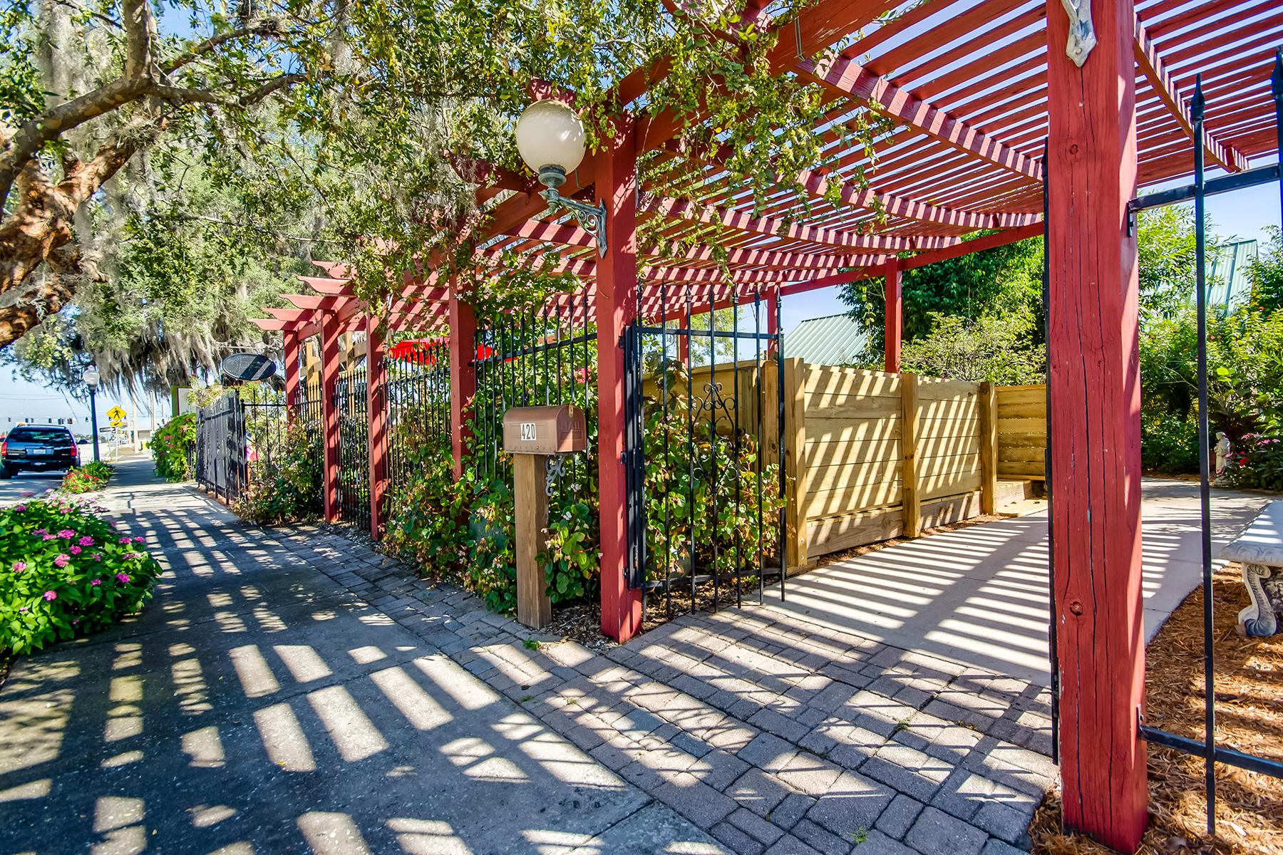 Additional photo for property listing at SEBRING FLORIDA 420 N Ridgewood Dr,  Sebring, Florida 33870 United States