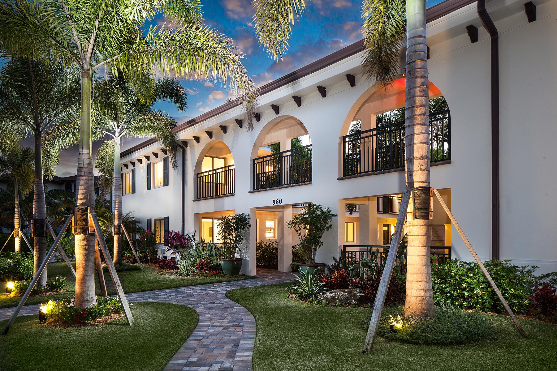 Kat Mülkiyeti için Satış at OLDE NAPLES - 960 ON SEVENTH 960 7th St S 104 Naples, Florida, 34102 Amerika Birleşik Devletleri