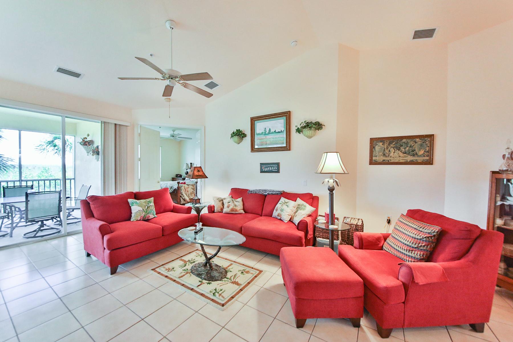 Appartement en copropriété pour l Vente à FIDDLERS CREEK 4675 Hawks Nest Way L-201 Naples, Florida, 34114 États-Unis