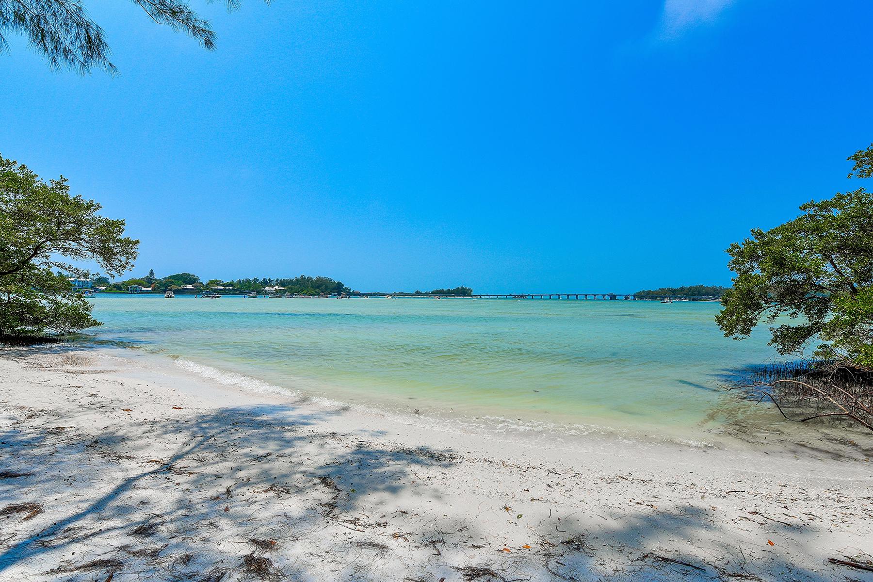 Land for Sale at LA LENAIRE ISLE 7149 La Lenaire Dr 8 / 9 Longboat Key, Florida, 34228 United States